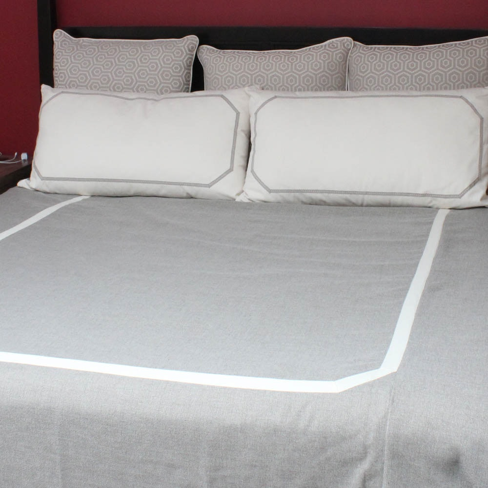 King Size Duvet and Decorative Pillows