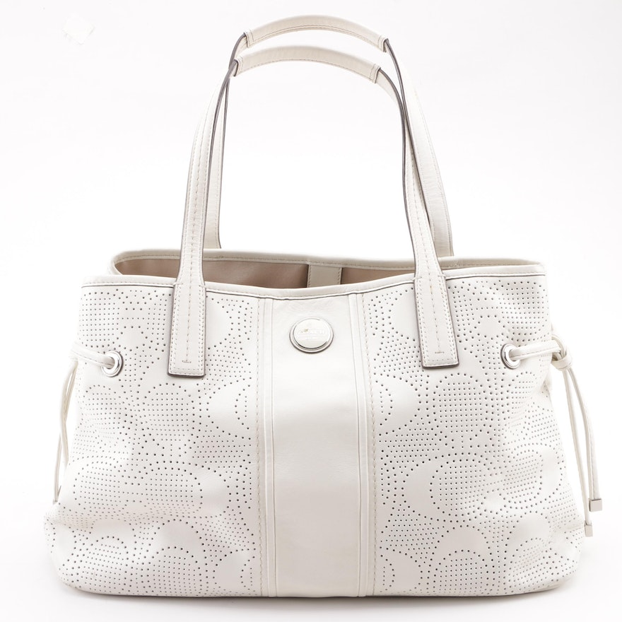 9f9670e5a029 Coach Off-White Signature Stripe Perforated Leather Carryall : EBTH