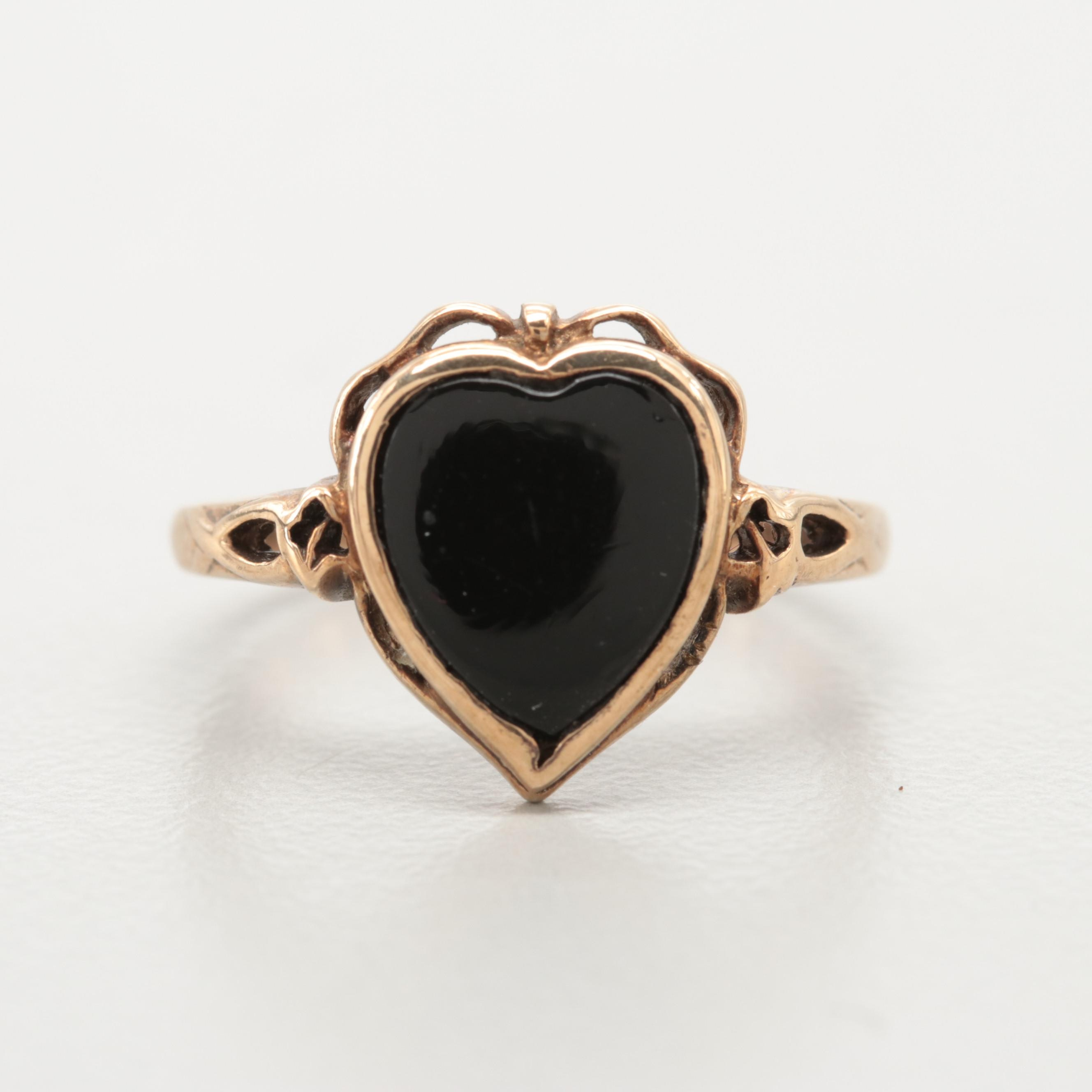 1940s Victorian Revival 10K Yellow Gold Black Onyx Heart Ring