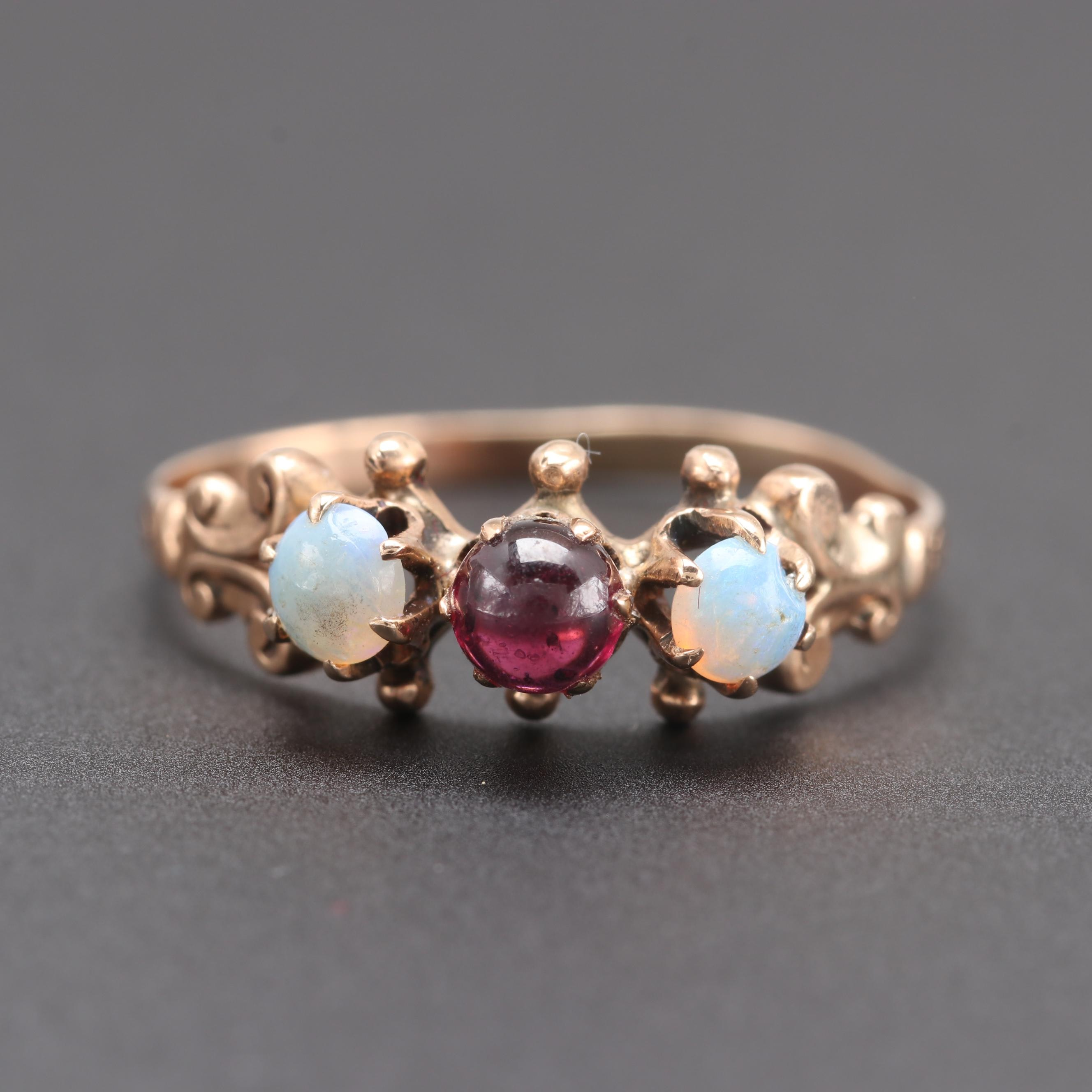 Victorian 10K Yellow Gold Opal and Garnet Ring