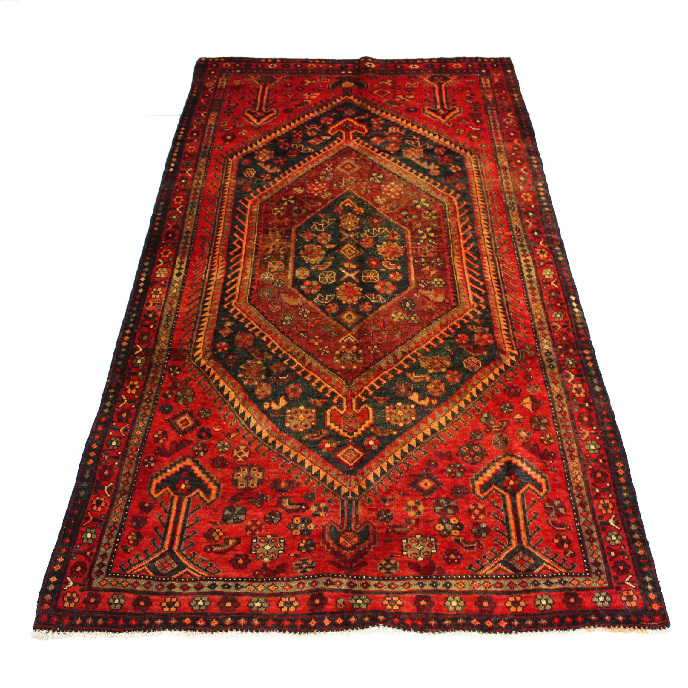 4'8 x 8'9 Semi-Antique Hand-Knotted Persian Bidjar Rug