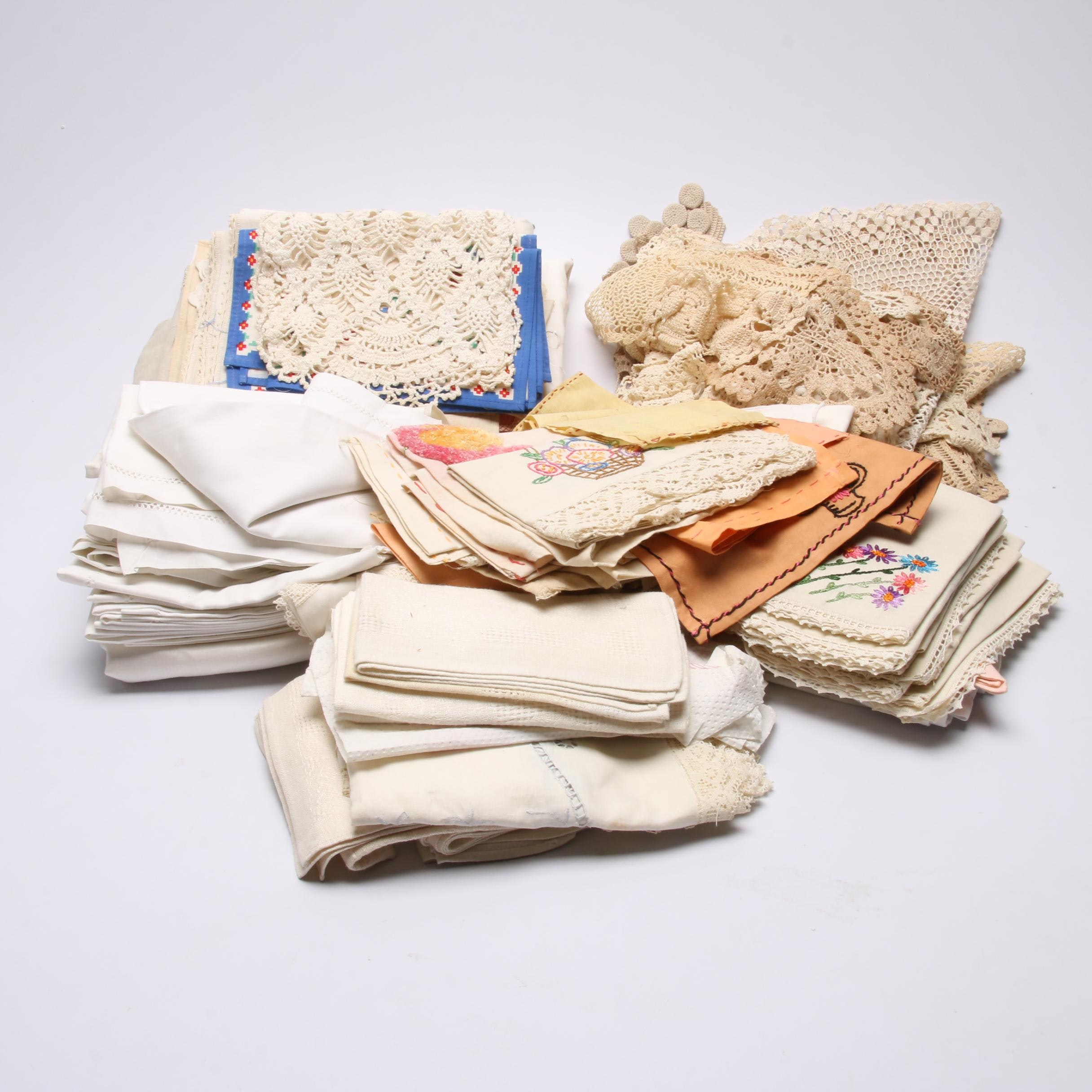 Assorted Vintage Table Linens
