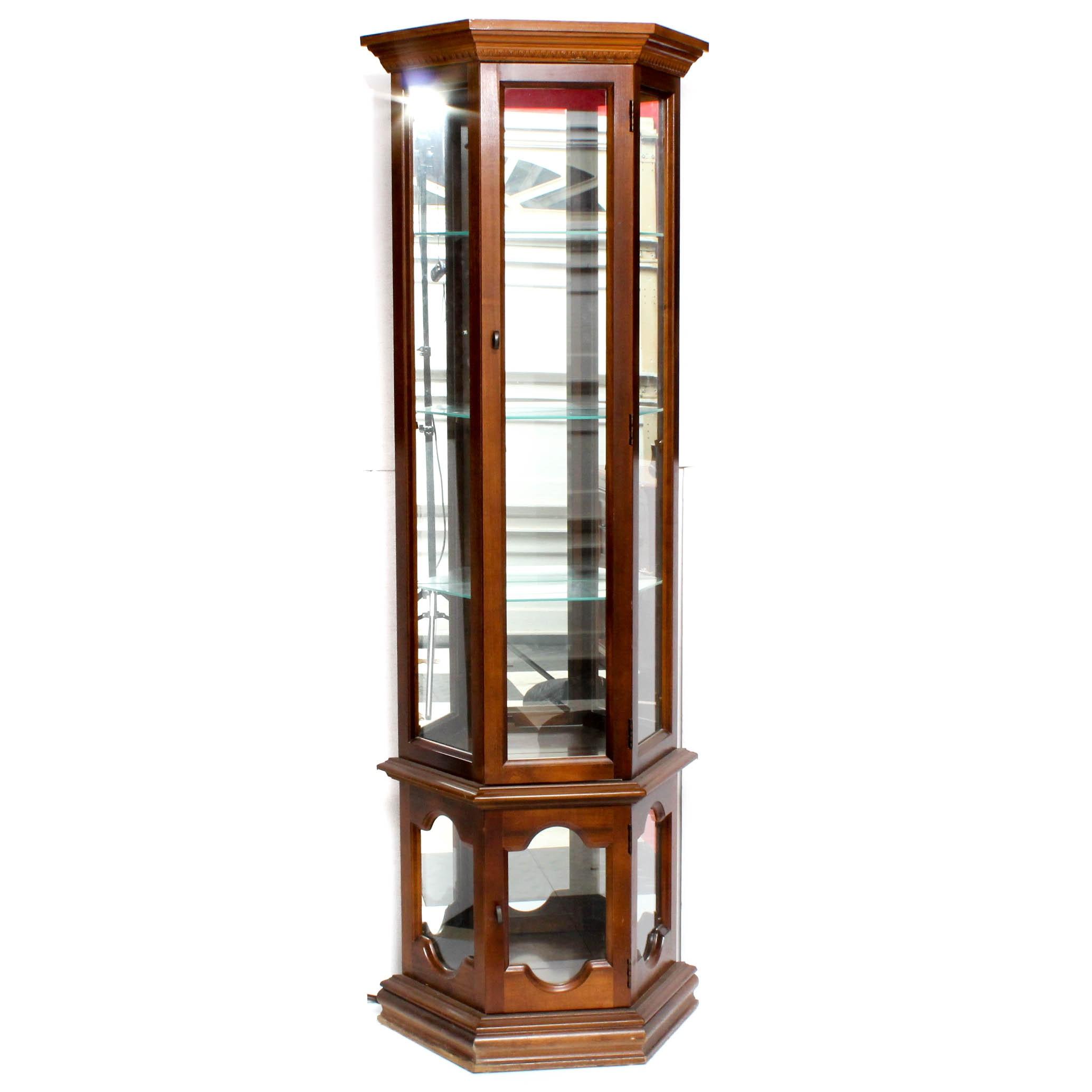 Pulaski Illuminated Hardwood Display Cabinet, Late 20th Century
