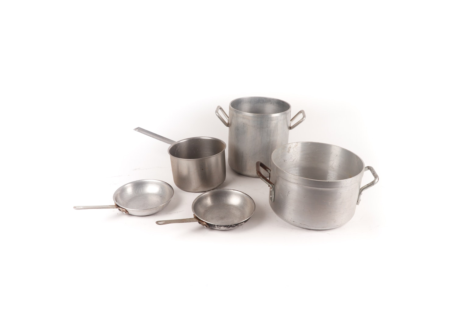 Vintage Aluminum Cookware featuring Wear-Ever