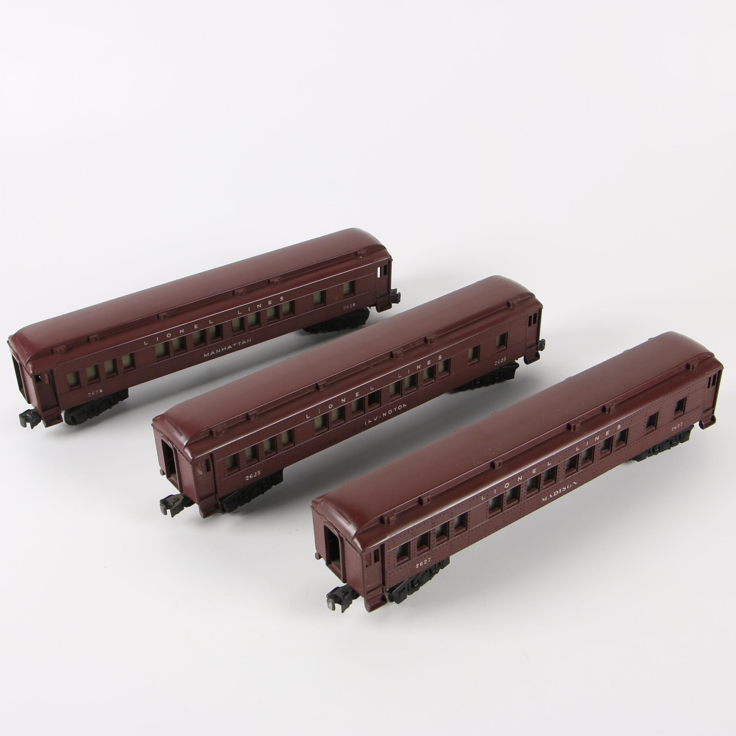Lionel Passenger Train Cars, Late 1940s-Early 1950s