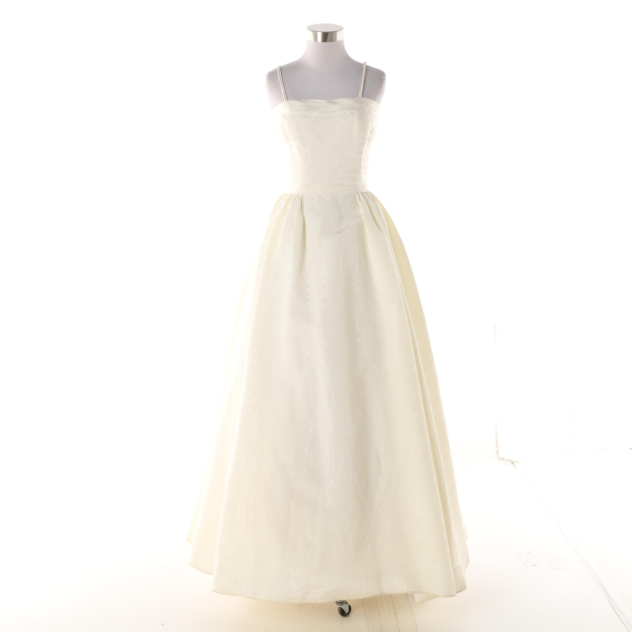 Vintage Ivory-Colored Moiré Fabric Occasion Gown with Taffeta Underskirt