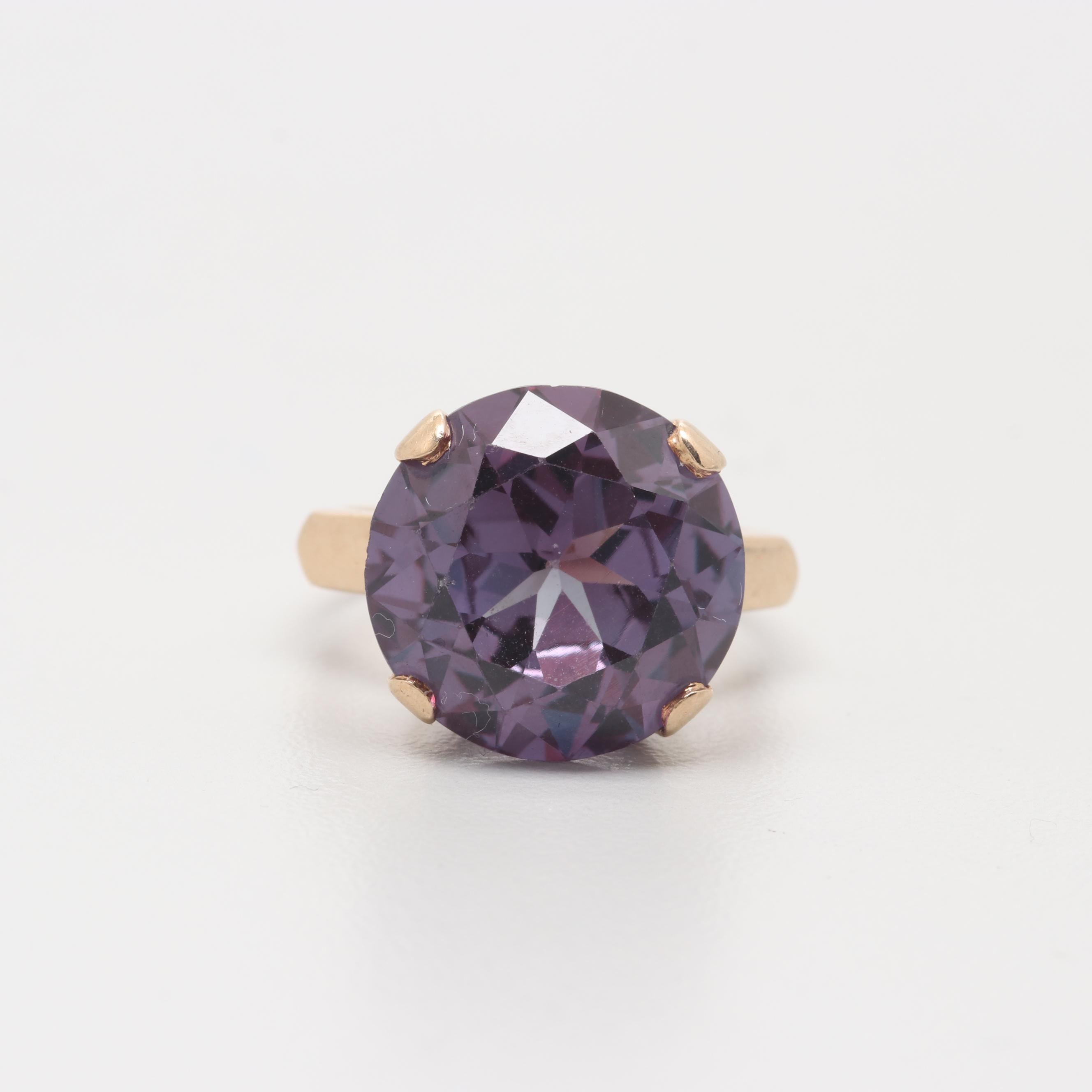 10K Yellow Gold Synthetic Color Change Sapphire Ring