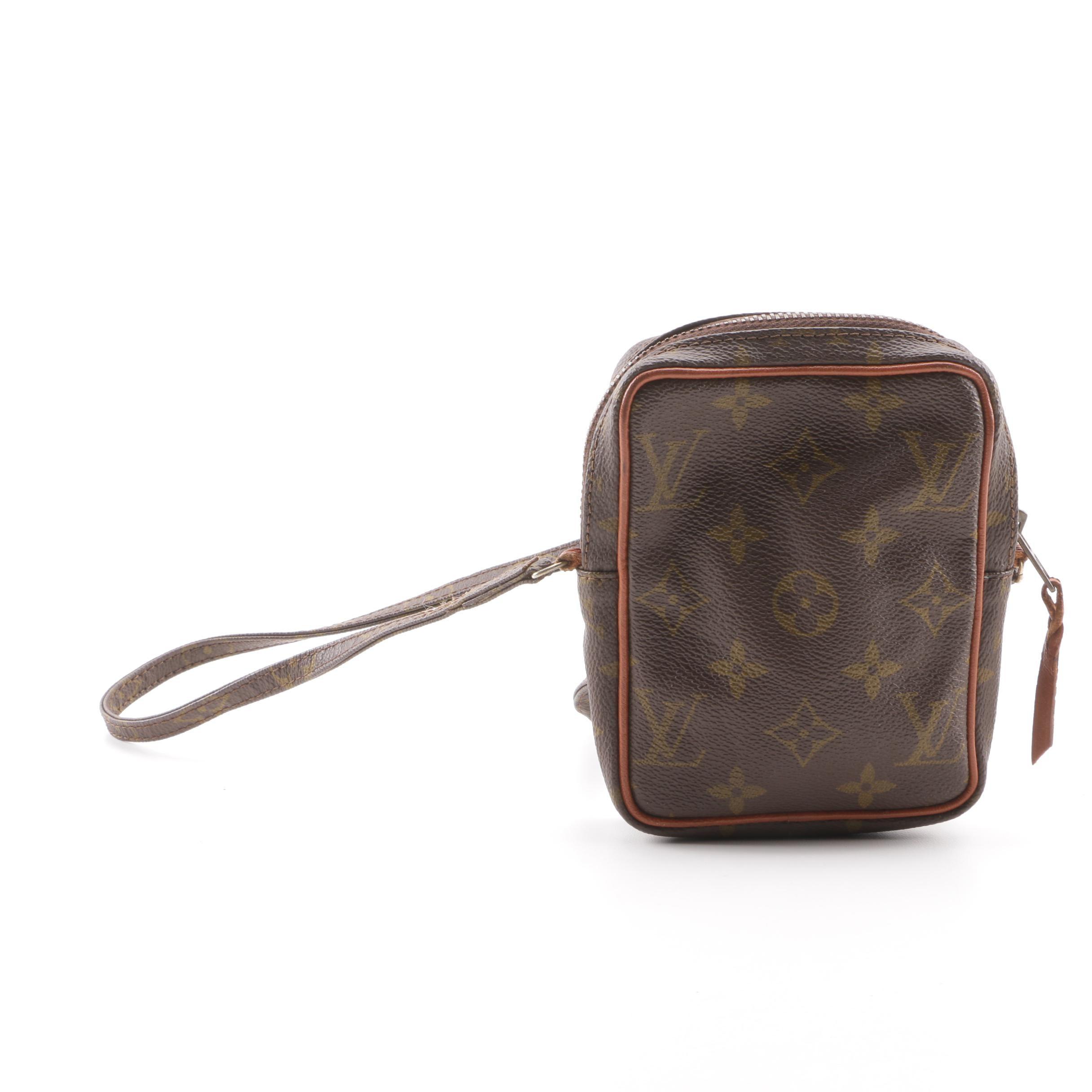 1980s Louis Vuitton Monogram Canvas Camera Bag
