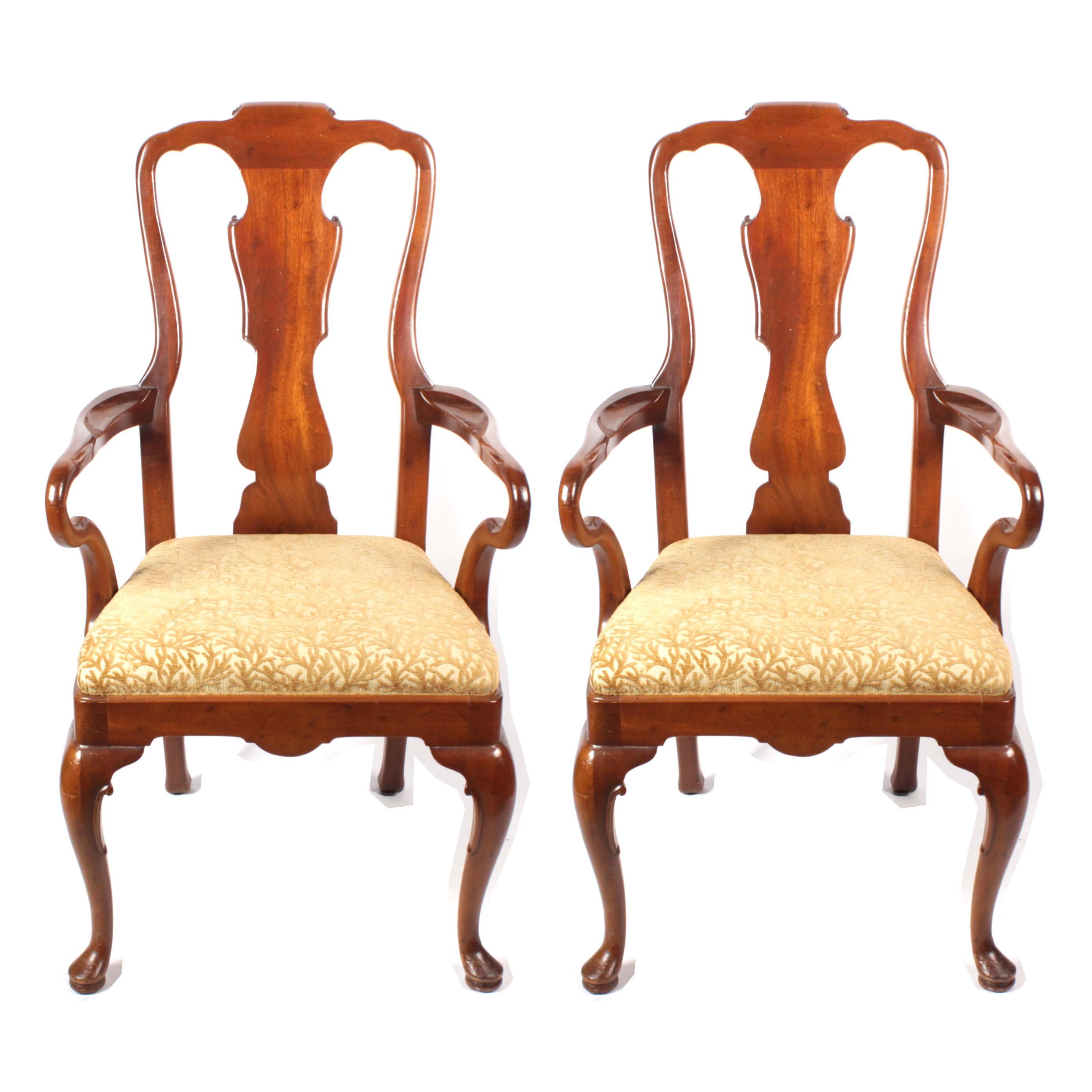 Henredon Queen Anne Style Walnut Finish Armchairs, 20th Century