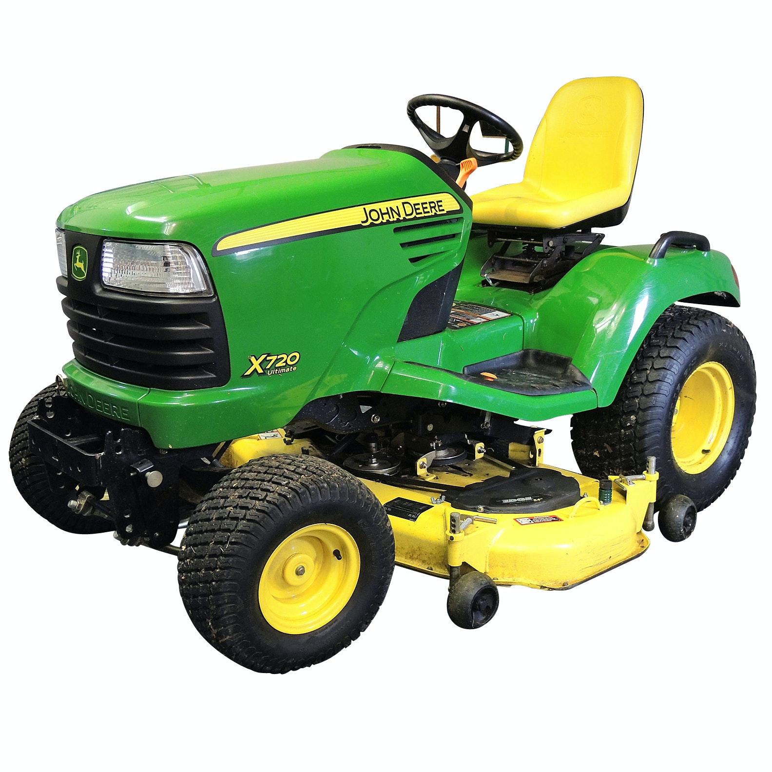 John Deere X720 Riding Tractor Mower