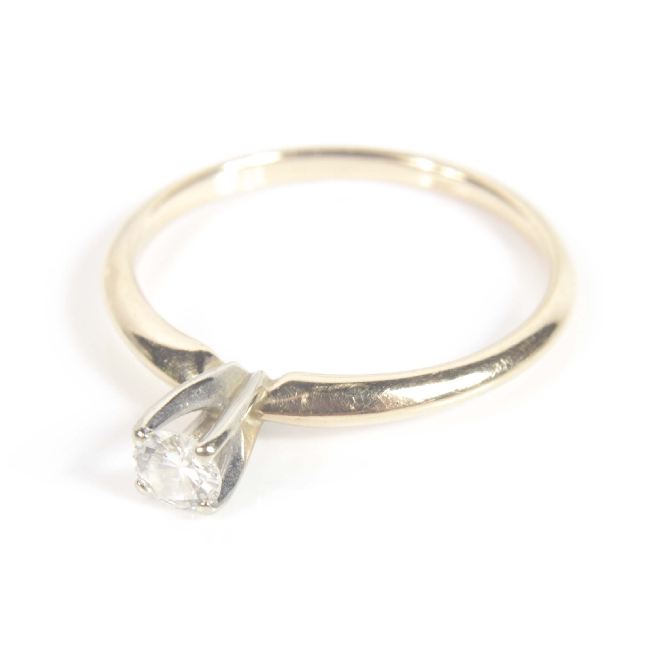 14K Yellow Gold Round Brilliant Diamond Solitaire Ring