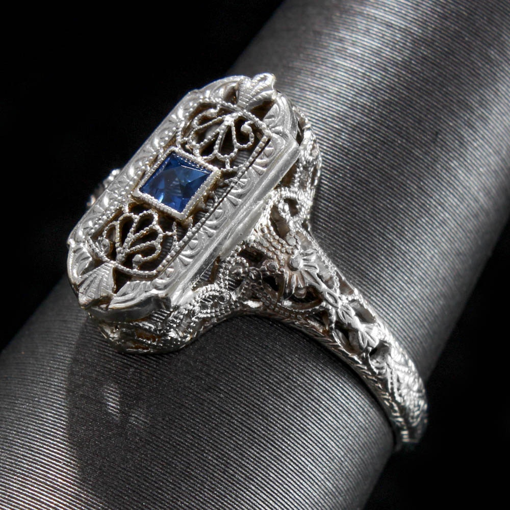 Late Edwardian 10K White Gold Synthetic Sapphire Ring