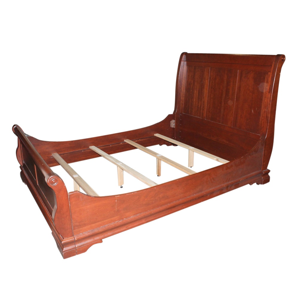 Cherry Queen Size Sleigh Style Bed