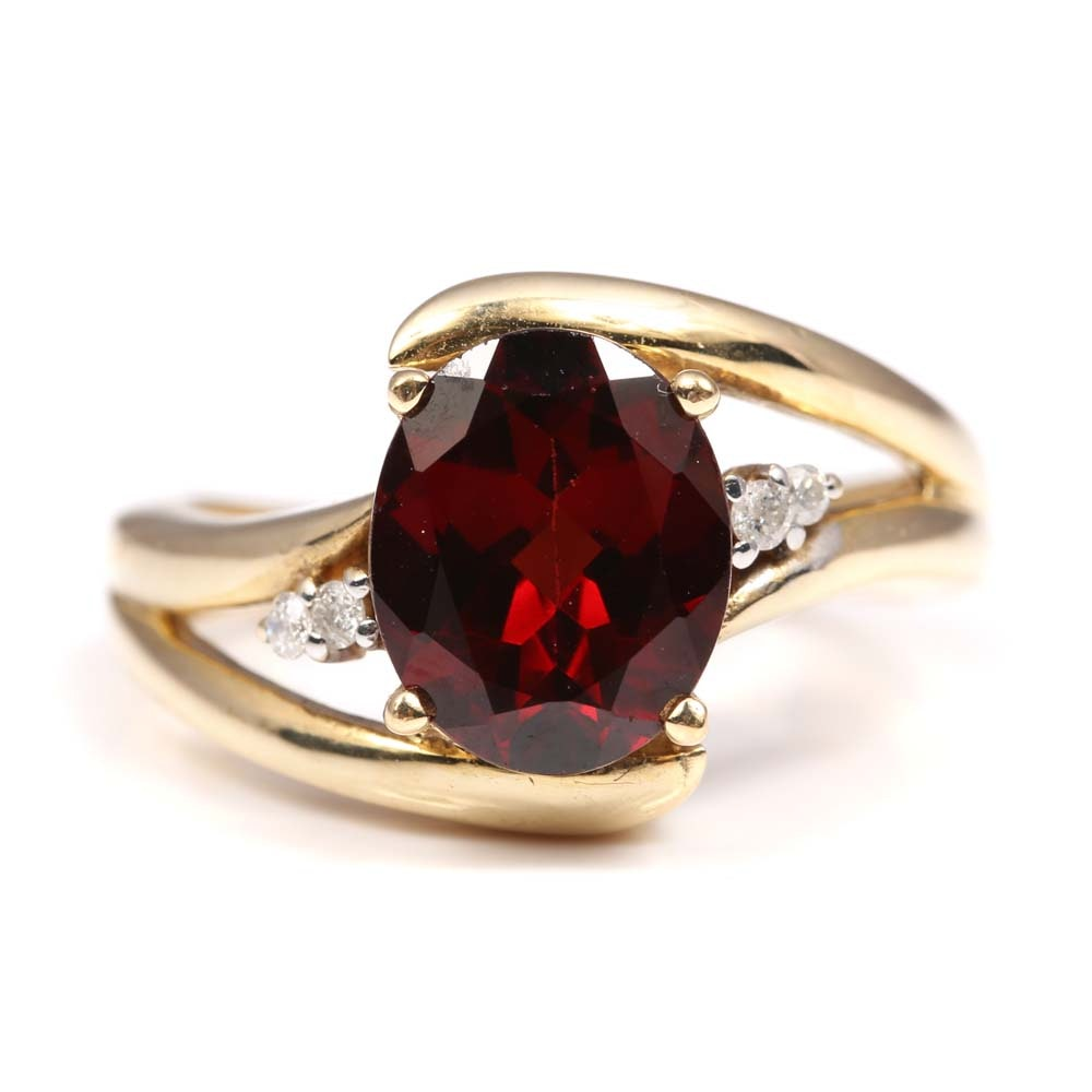 10K Yellow Gold 3.10 CT Garnet and Diamond Ring