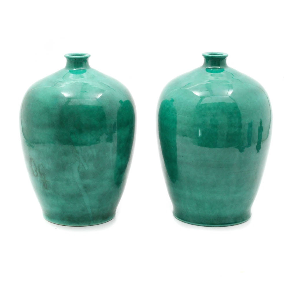 Chinese Emerald Green Glazed Pottery Vessel Pair