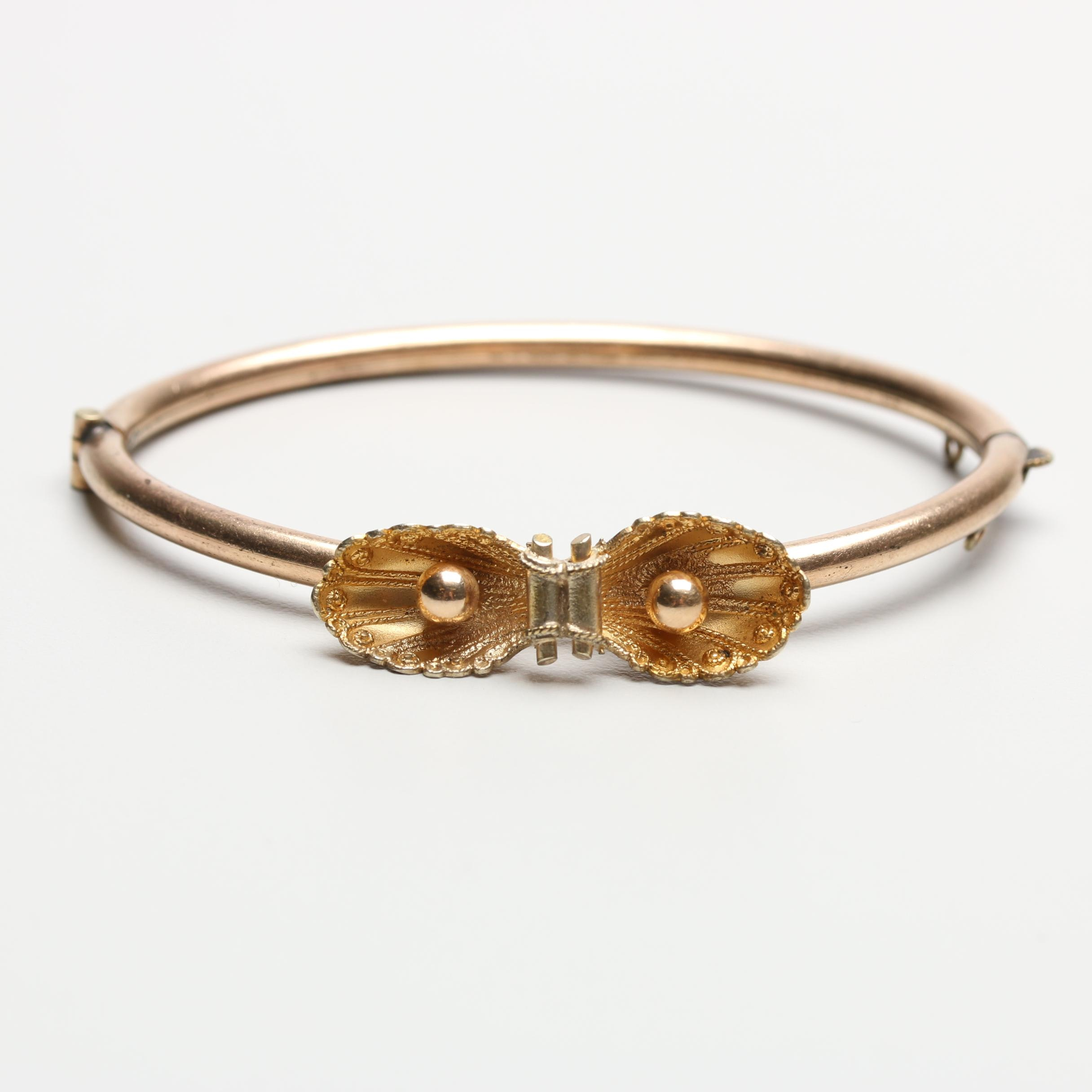 Victorian Gold Tone Hinged Bangle Bracelet