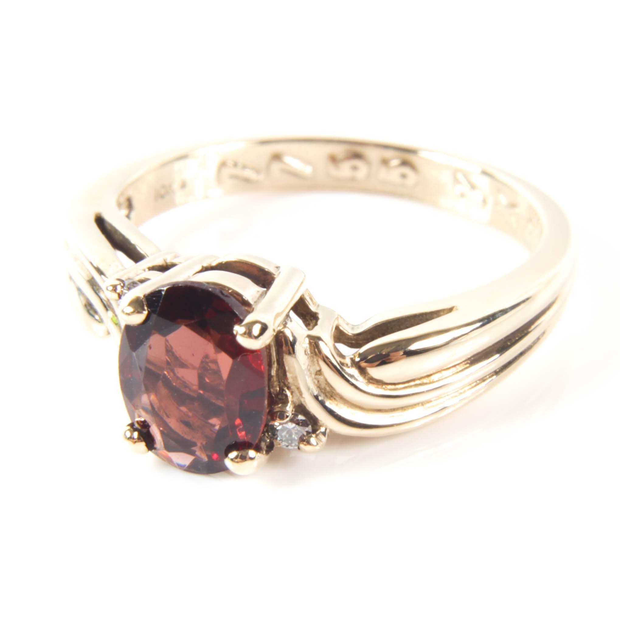 10K Yellow Gold 1.40 CT Garnet and Diamond Ring