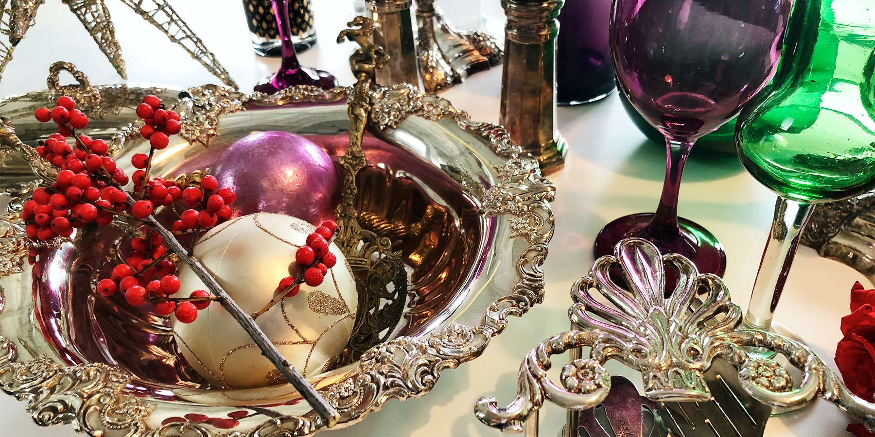 Tips of The Trade: 6 Holiday Trends To Keep Your Seasons Cheery & Bright