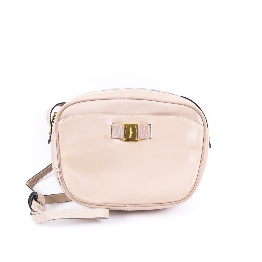Vintage Salvatore Ferragamo Pink Leather Crossbody Bag   EBTH dd7721d5edb60