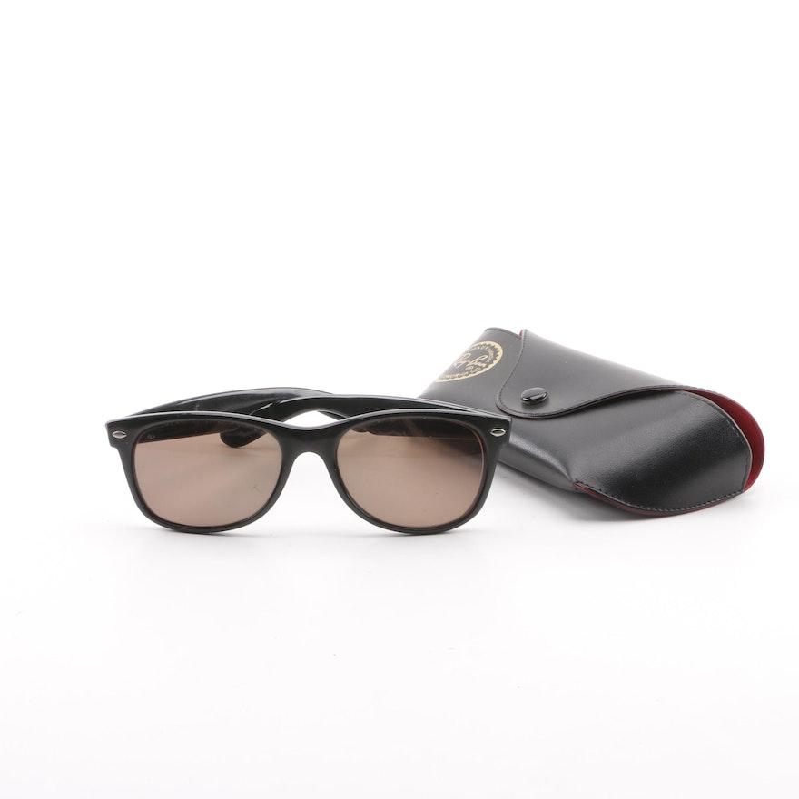 3a43041598 Circa 1980s Vintage Ray-Ban Wayfarer Sunglasses with Case   EBTH