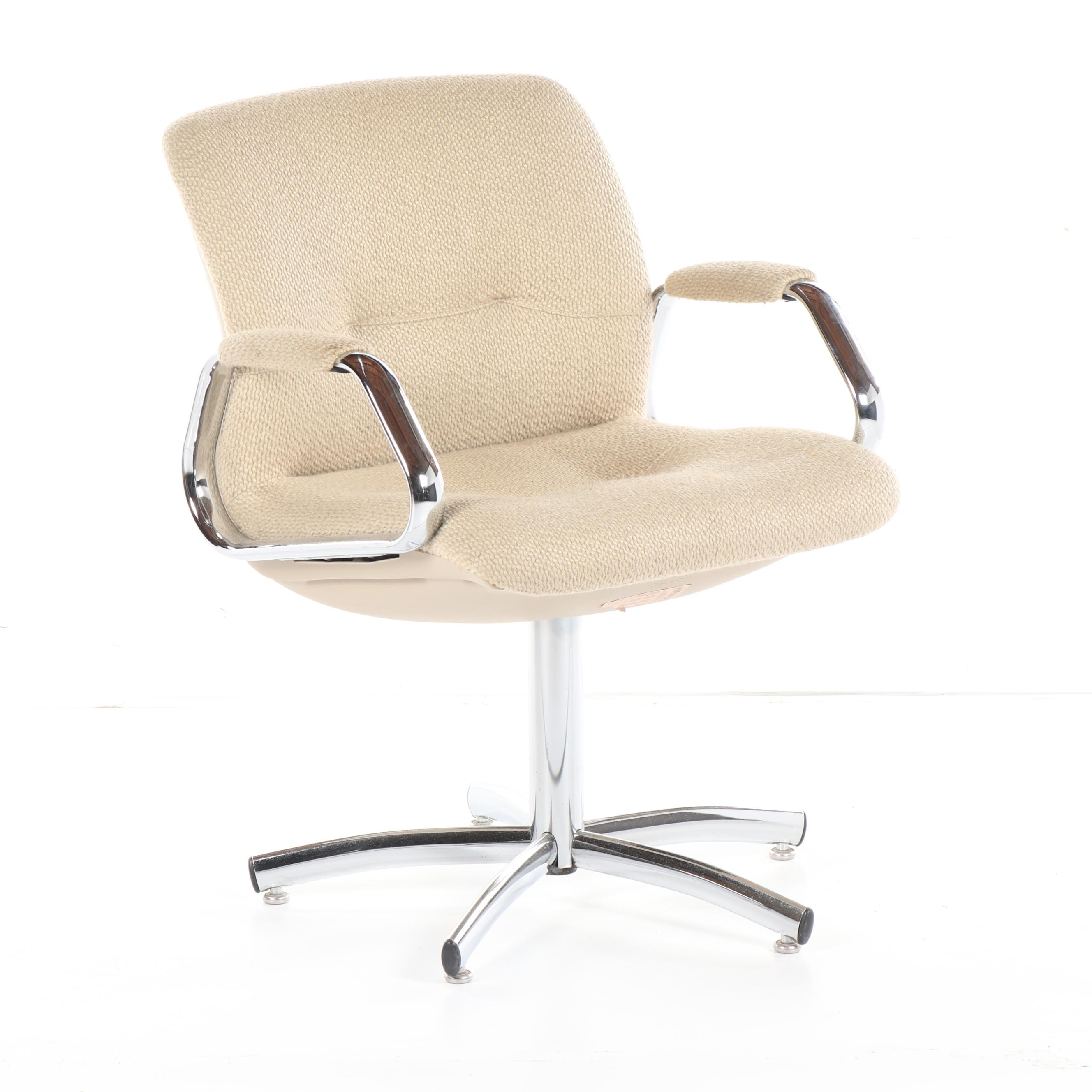 Mid Century Modern Upholstered Metal Office Chair by Steelcase, 20th Century