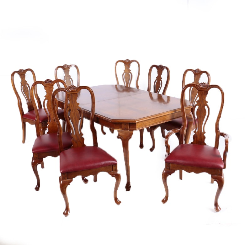 George III Style Oak-Veneered Seven-Piece Dining Set by Lexington, 20th Century