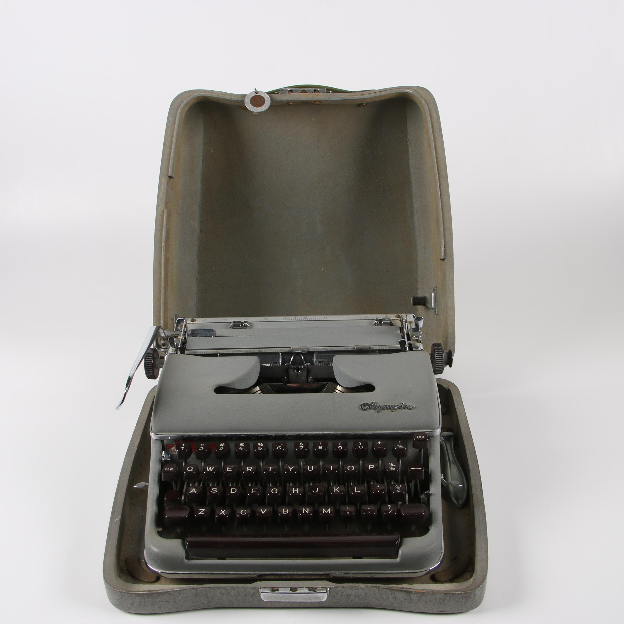 Olympia SM3 De Luxe Typewriter with Case, Circa 1957