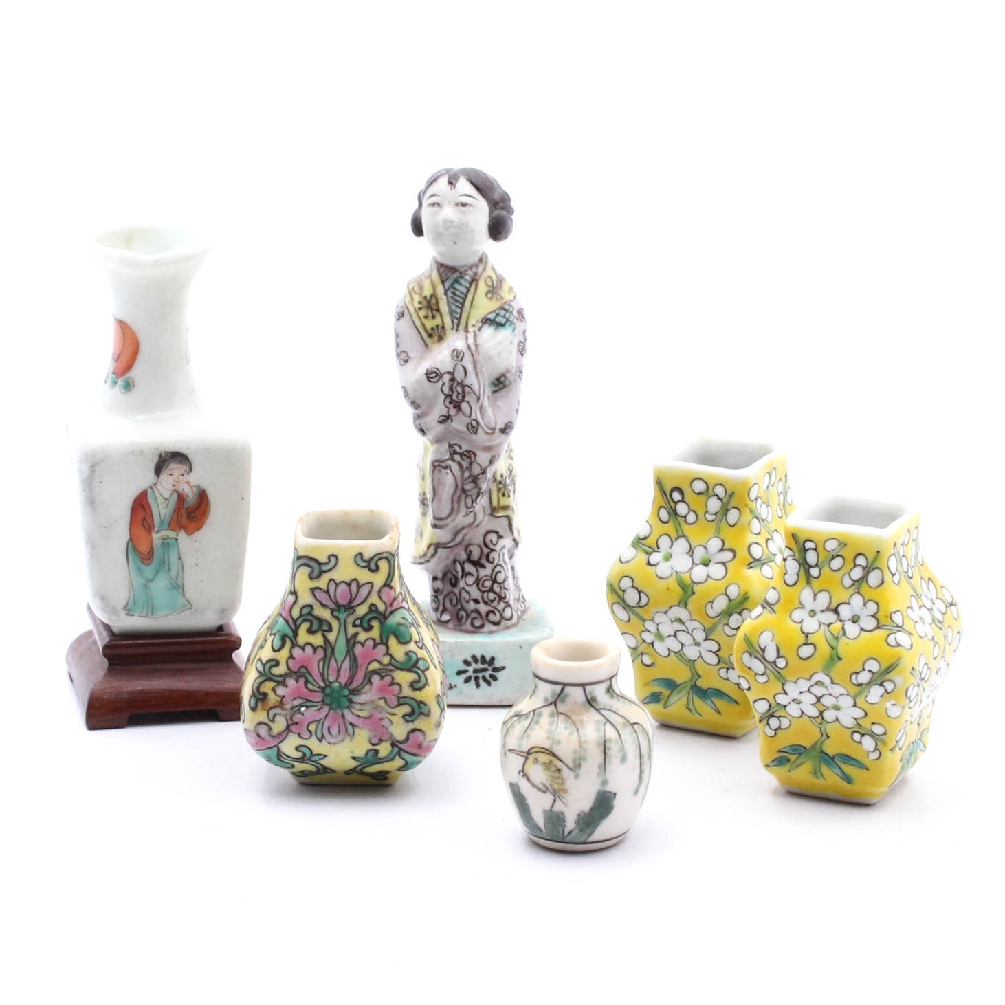 Vintage Chinese Miniature Figurine and Vases
