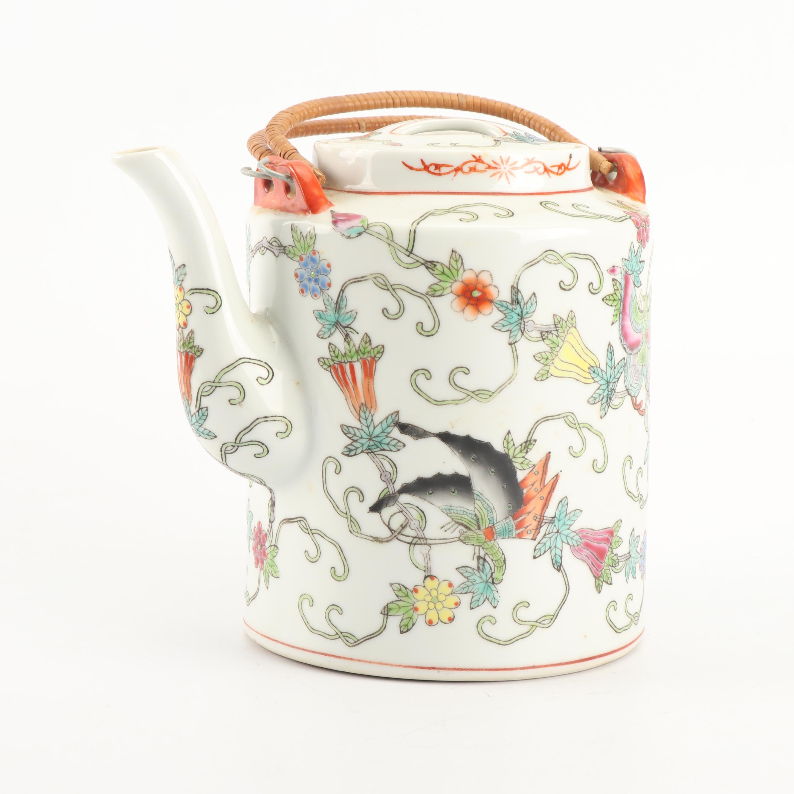 Chinese Hand Colored Porcelain Teapot, 20th Century
