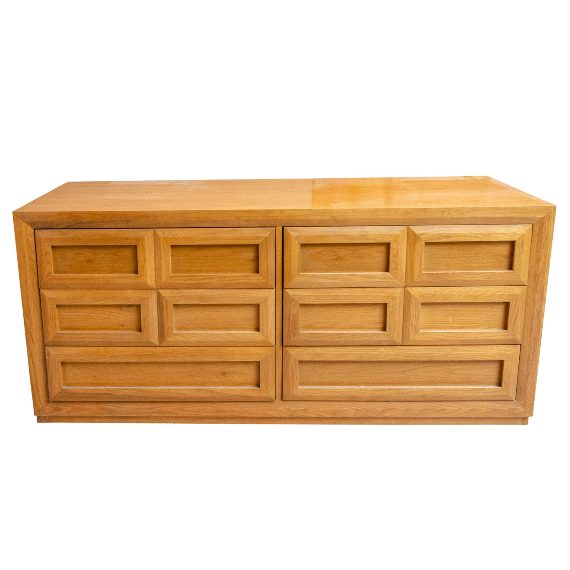 Thomasville Mid Century Modern Style Oak Chest of Drawers