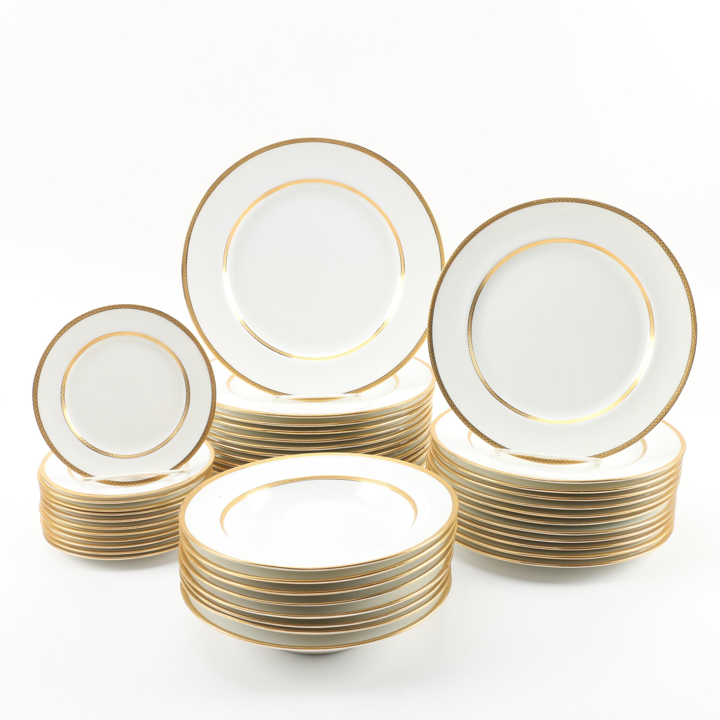Royal Doulton Porcelain Dinnerware, circa 1902-36
