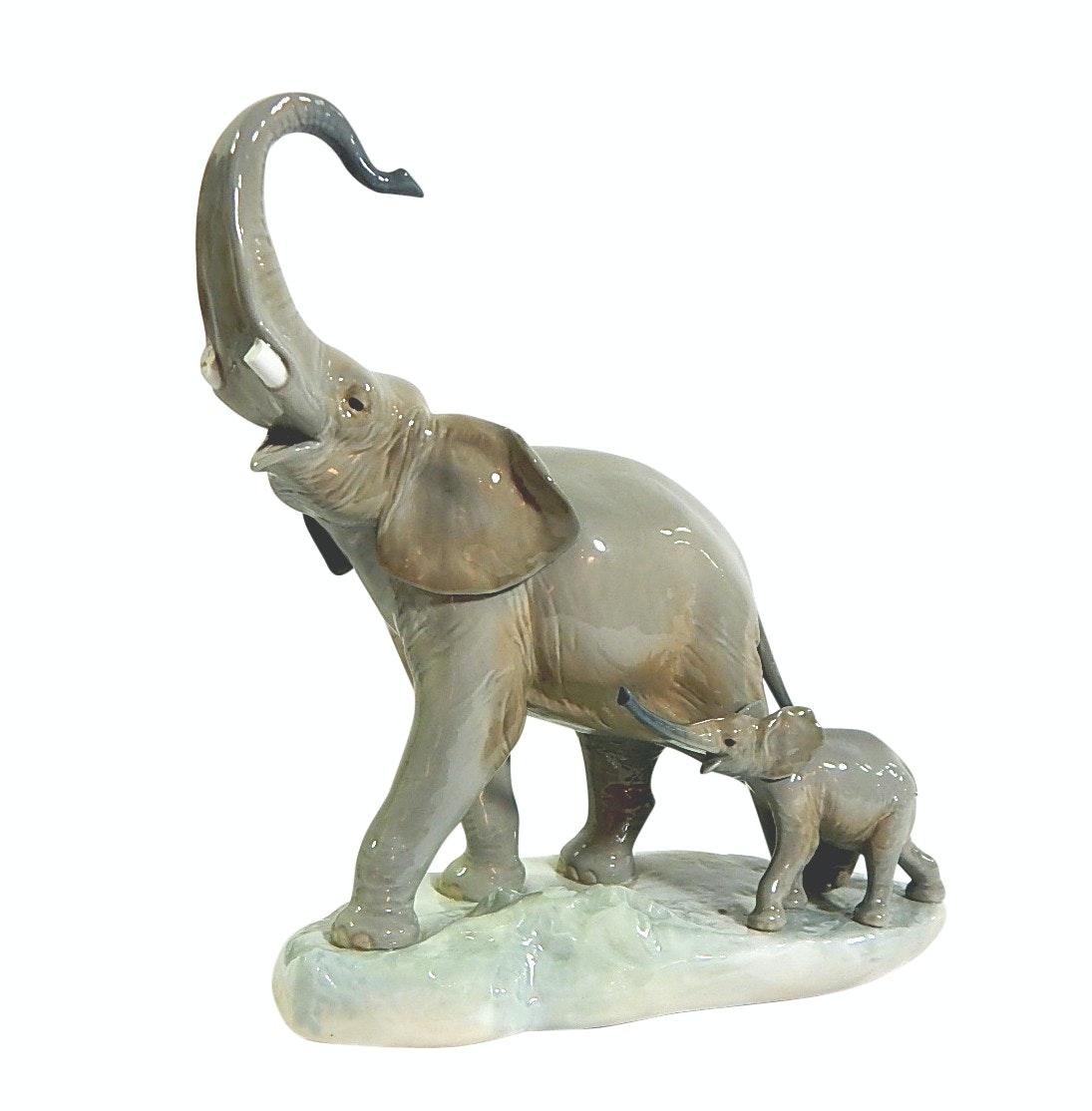 "Lladro ""Two Elephants"" Porcelain Figurine - Broken Tusks"