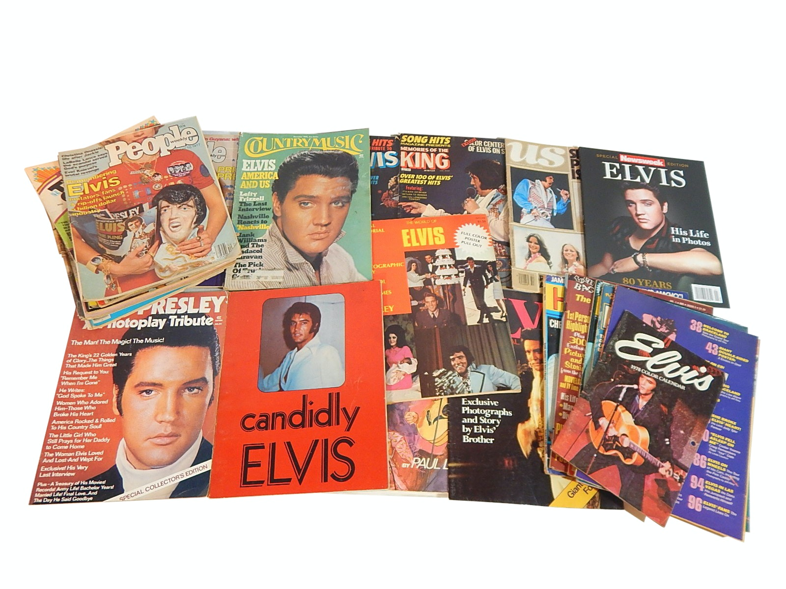 1970s Elvis Presley Magazines and Collectible Programs with Fold Out Posters