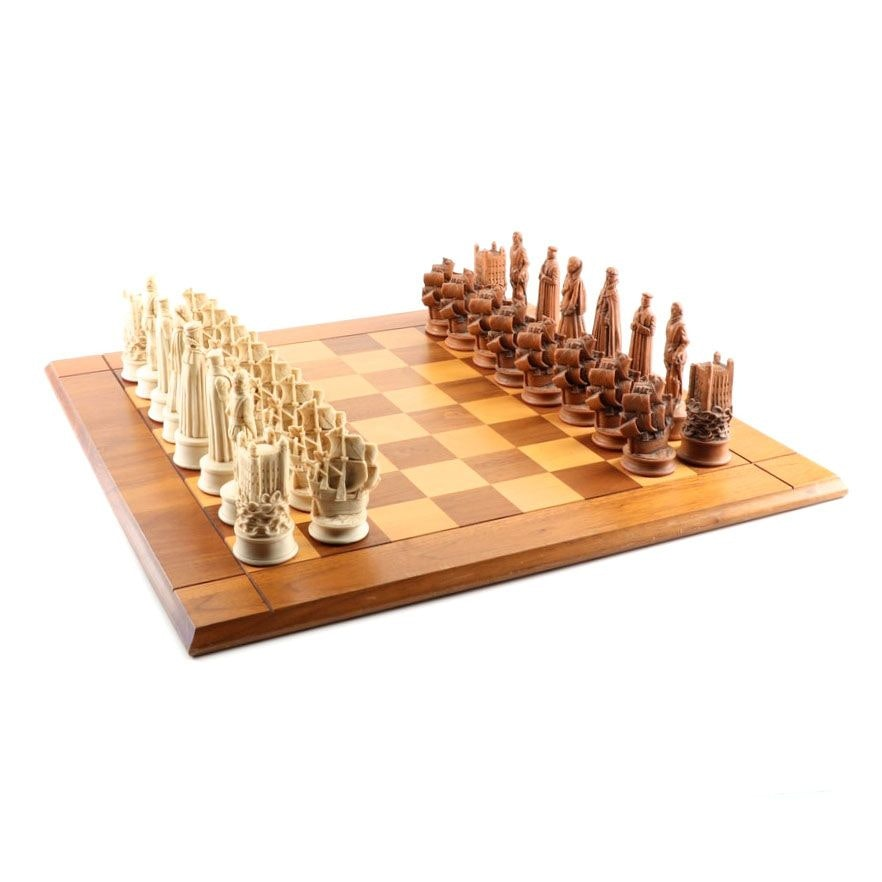 Elizabethan Style Chess Set