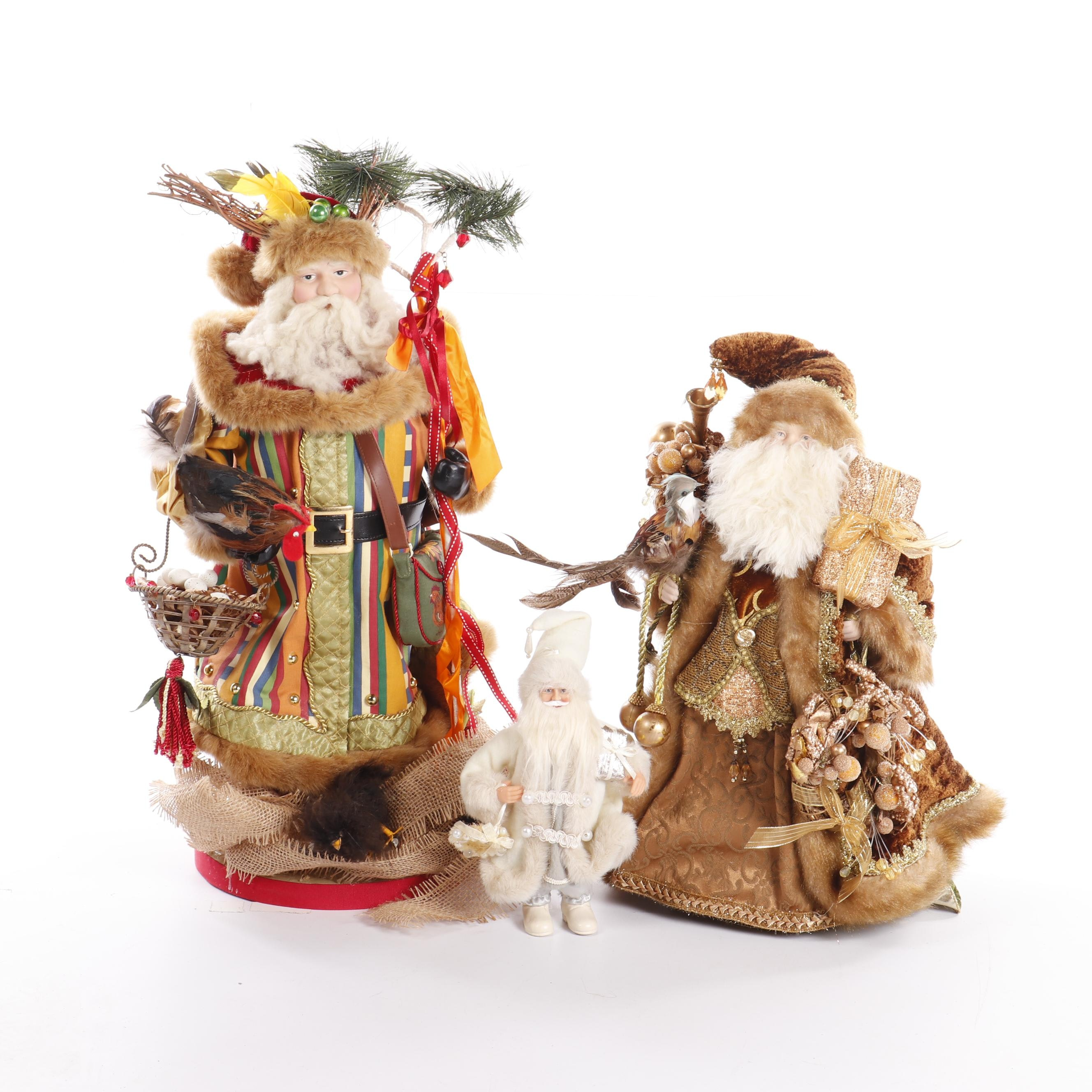 Decorative Figurines of Santa Claus with Chickens