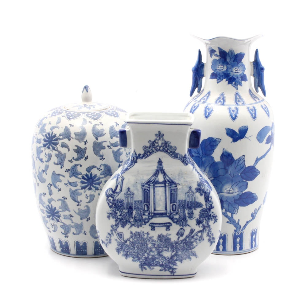 Chinese Blue and White Ceramic Decor