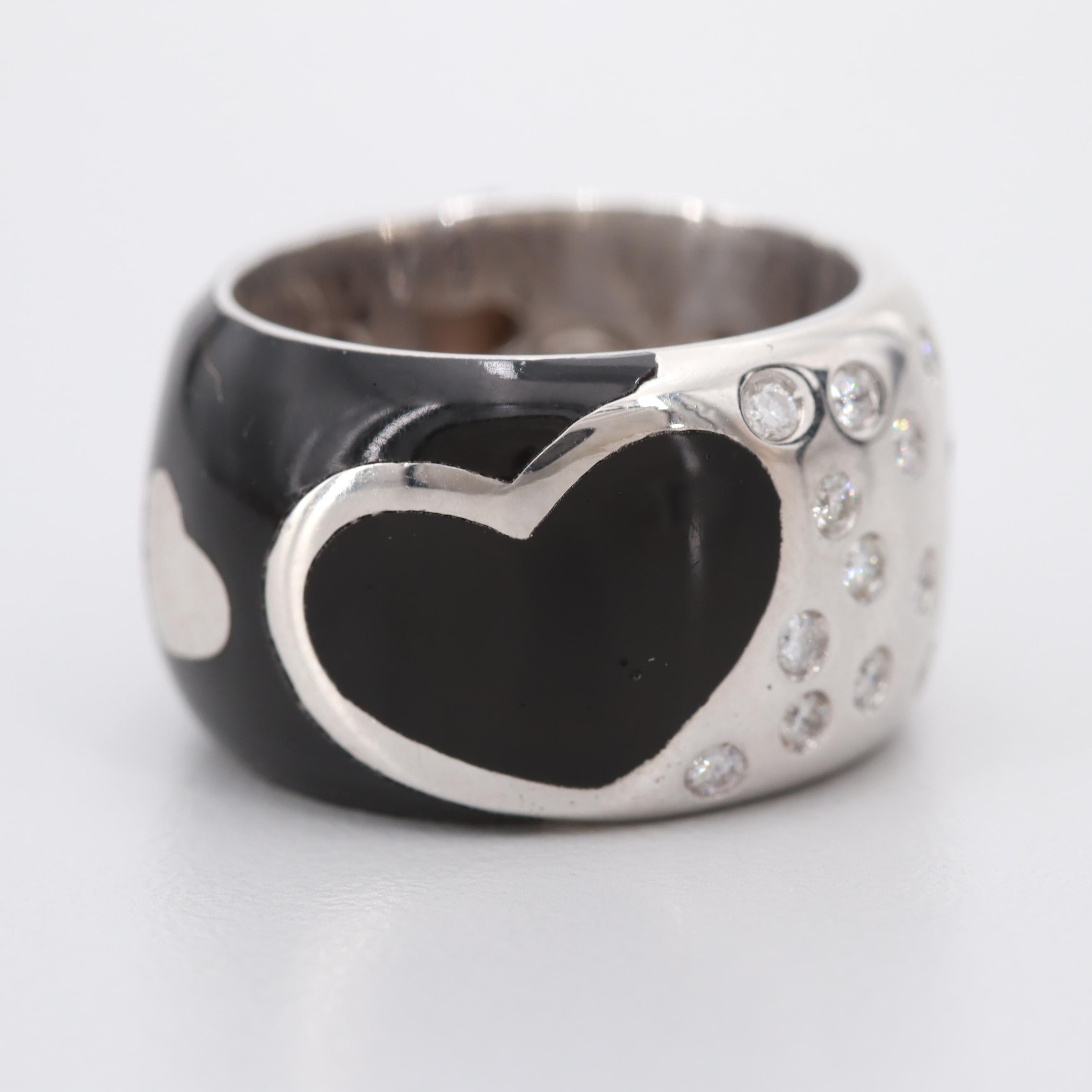 SOHO 18K White Gold Resin and Diamond Heart Motif Ring