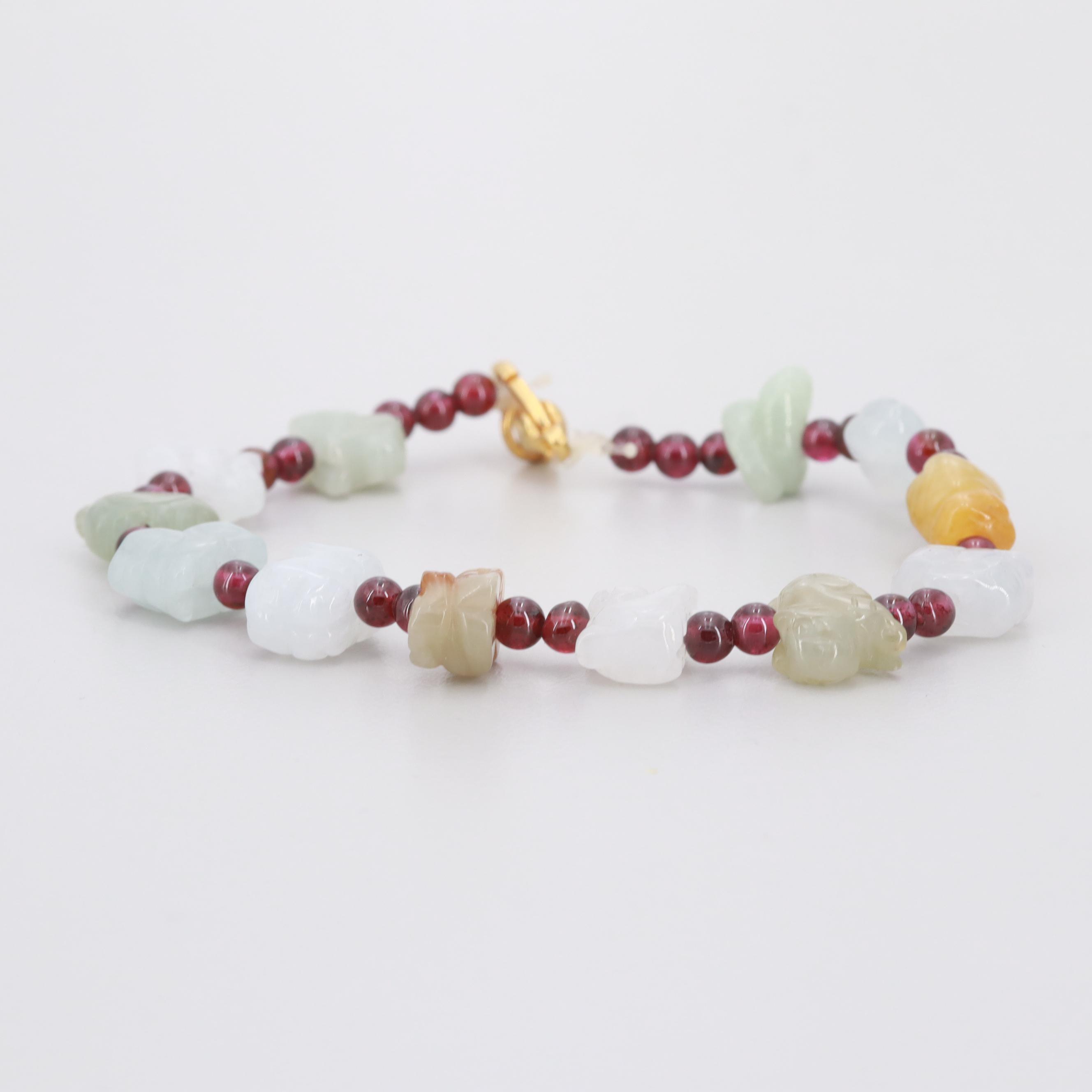 Gold Tone Garnet and Jadeite Beaded Bracelet
