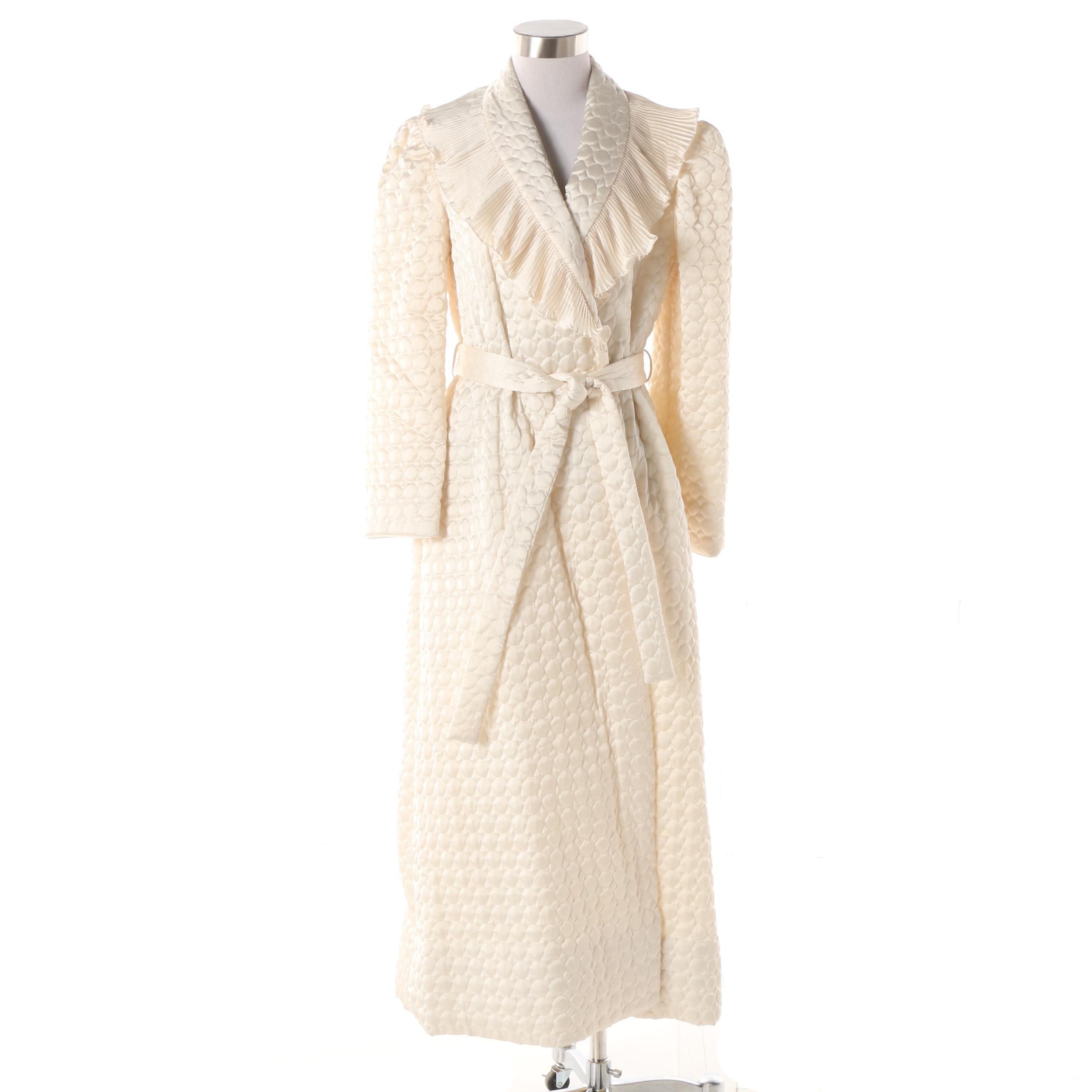 Women's 1980s Vintage Lanvin White Quilted Robe with Ruffled Plissé Collar