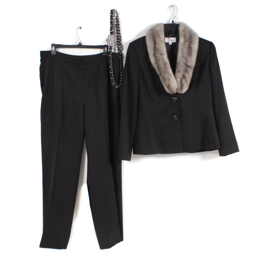 Women's Le Suit Black Pantsuit with Grey Mink Fur Collar and Belt