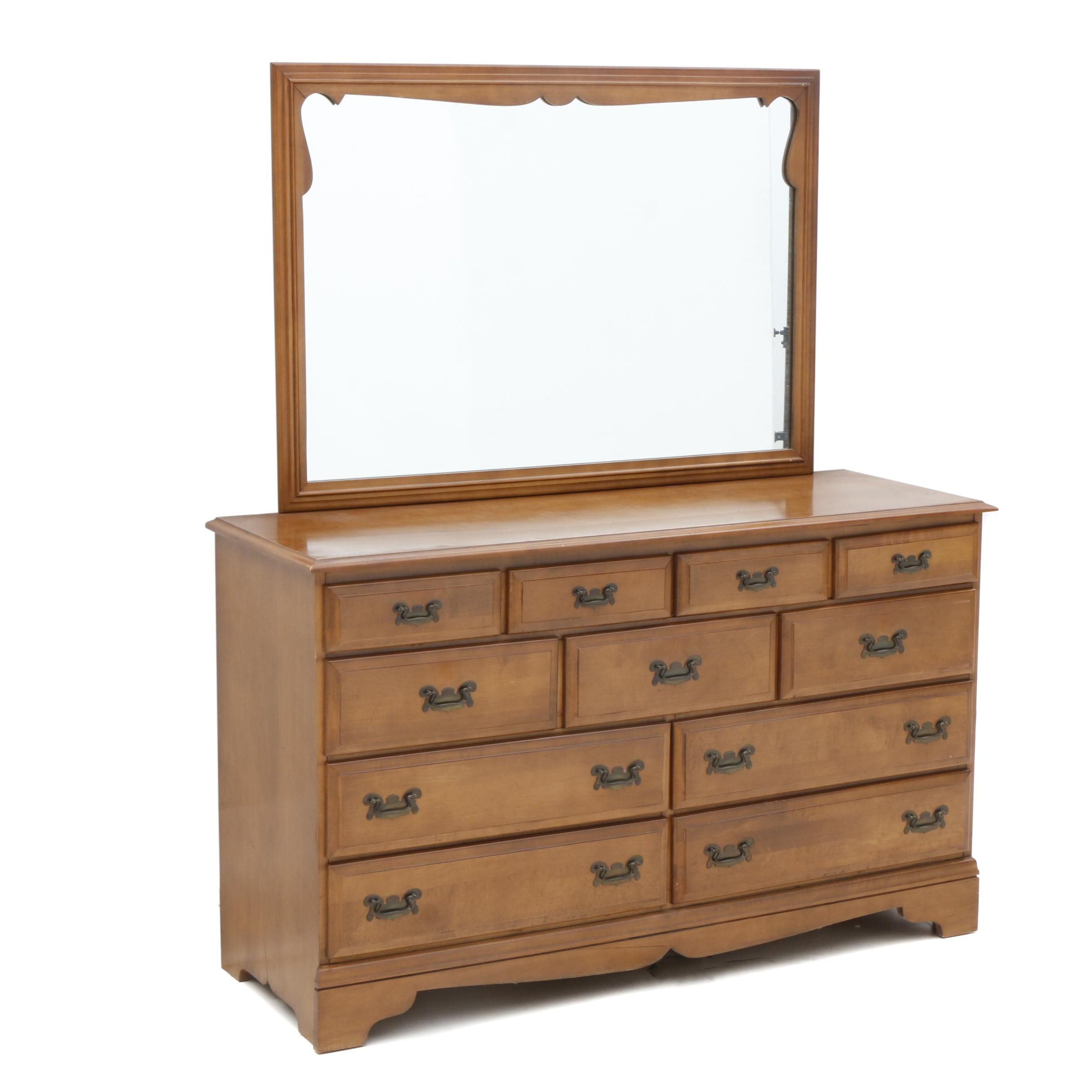 Early American Style Chest of Drawers with Mirror in Walnut