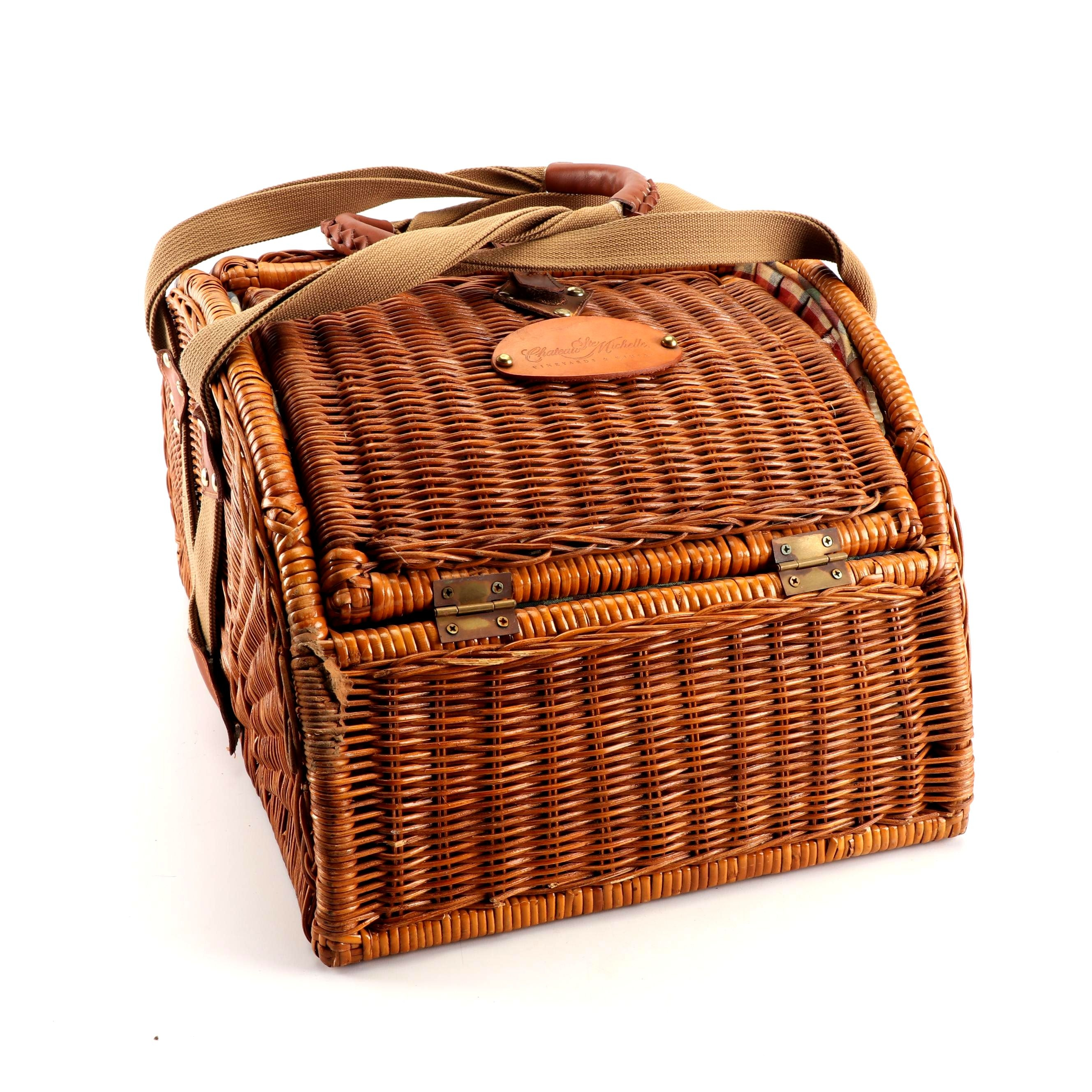 Chateau Ste Michelle Picnic Basket With Accessories
