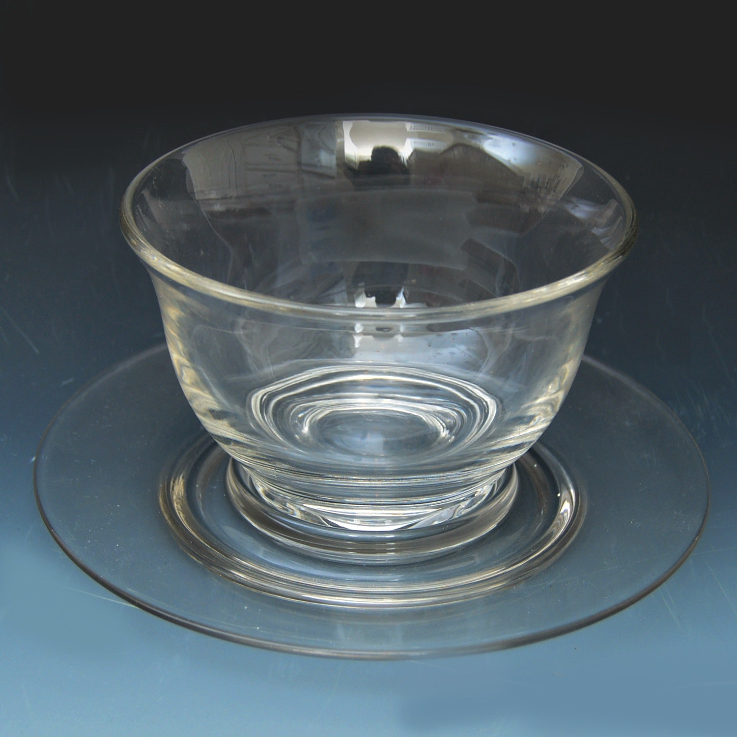 Heisey Sauce Bowl with Tray
