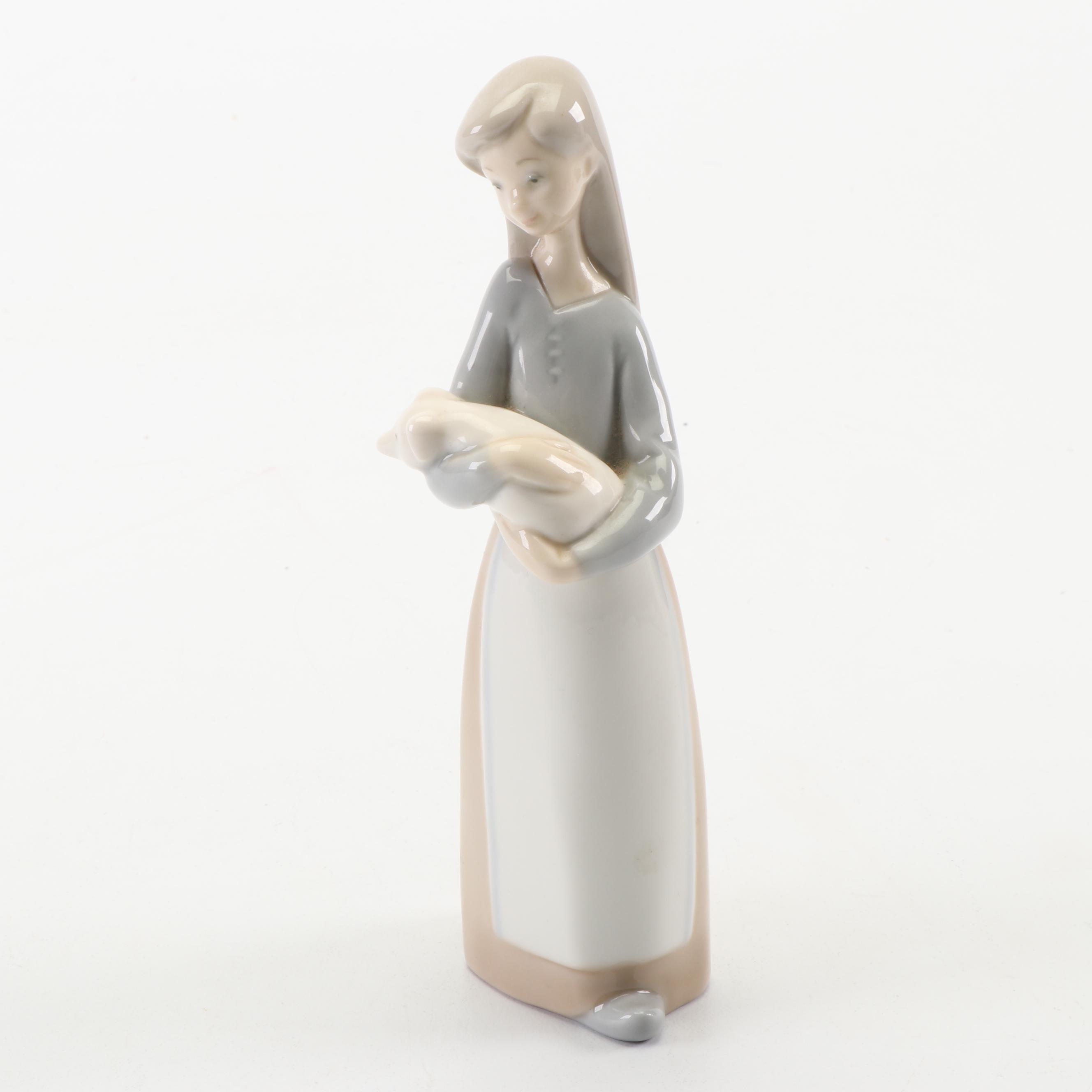"""Lladró """"Girl With Pig"""" Porcelain Figurine"""