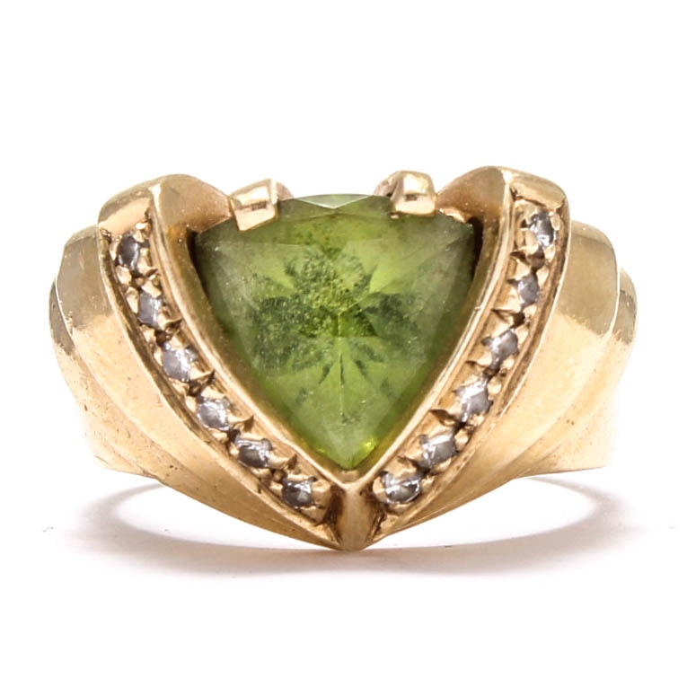 14K Yellow Gold Peridot Ring with Diamond Accents