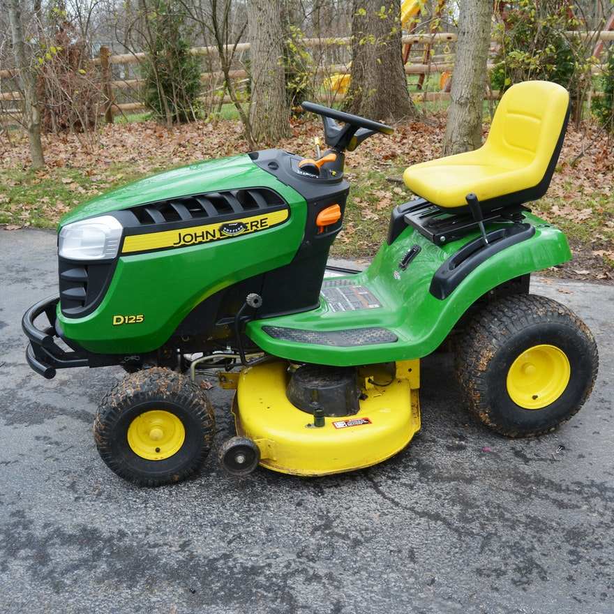 John Deere 100 Series >> John Deere D125 100 Series V Twin Engine Riding Mower With Accessories