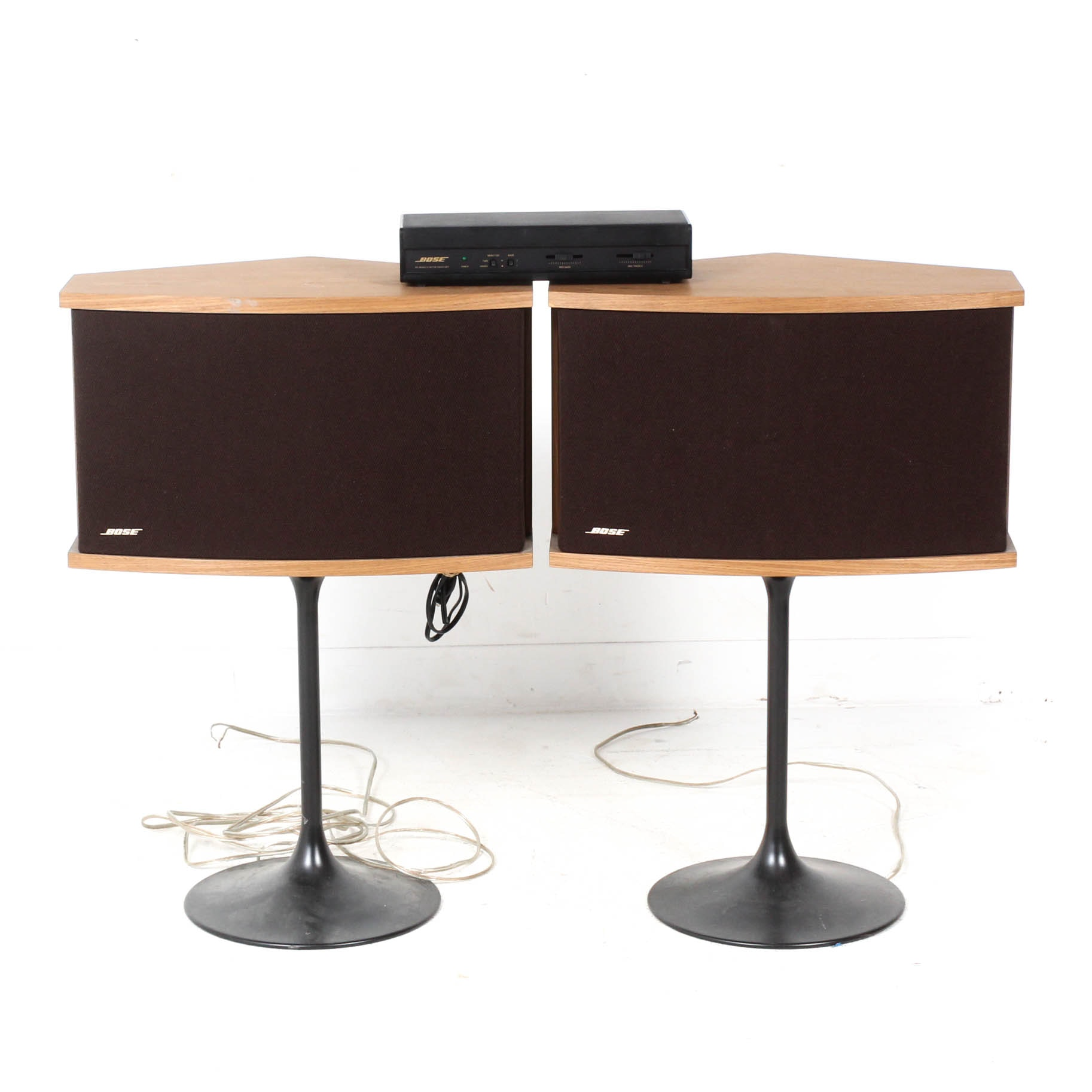 Bose 901 Series VI Speakers and Equalizer