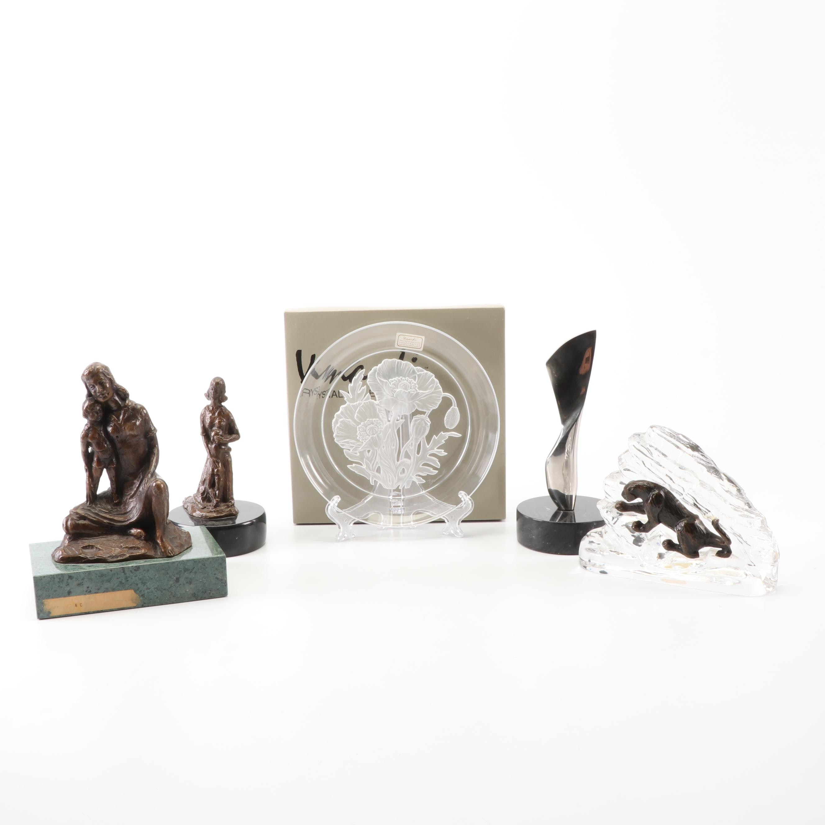 Vinardi Crystal Plate and Sculptures