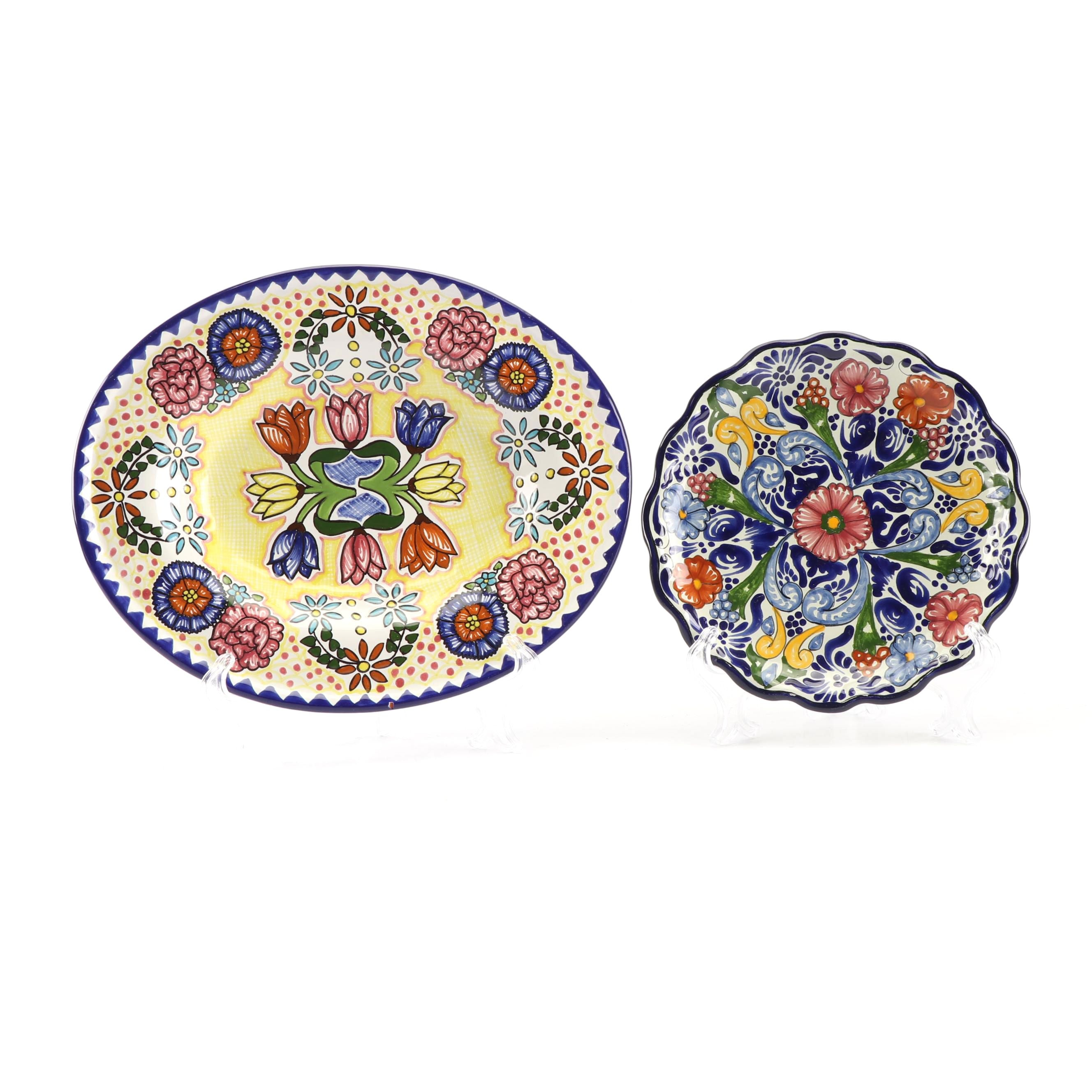 Hand-Painted Mexican Talaveras Faïence Cabinet Plates