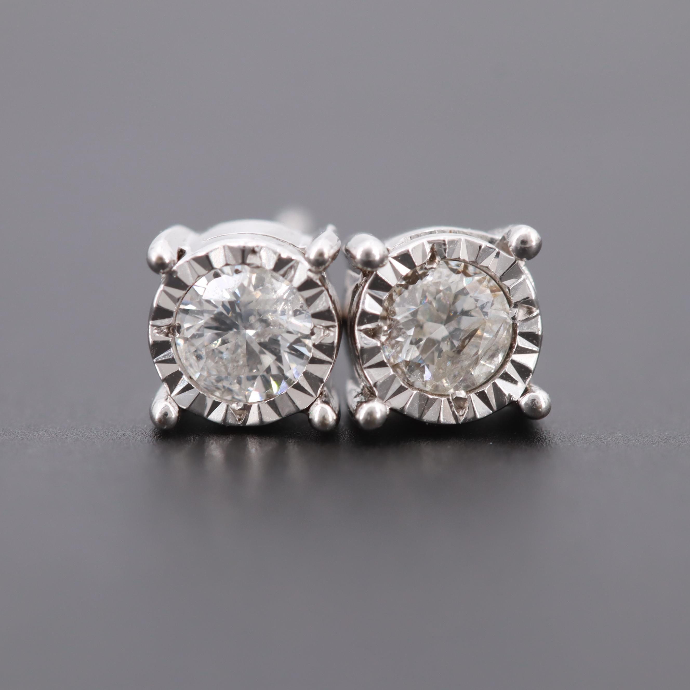 10K White Gold Round Brilliant Cut Diamond Stud Earrings